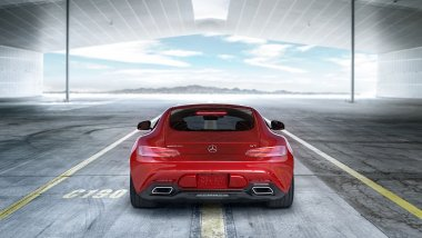 Mercedes AMG GT S rojo