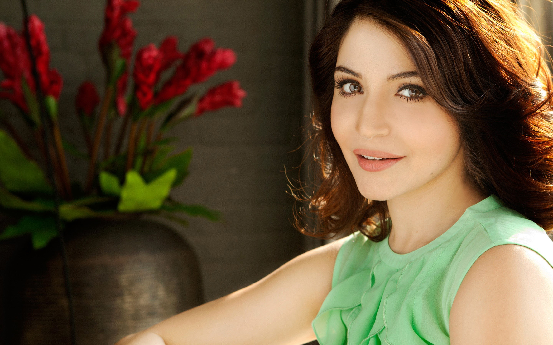 Fondos de pantalla Actriz Anushka Sharma