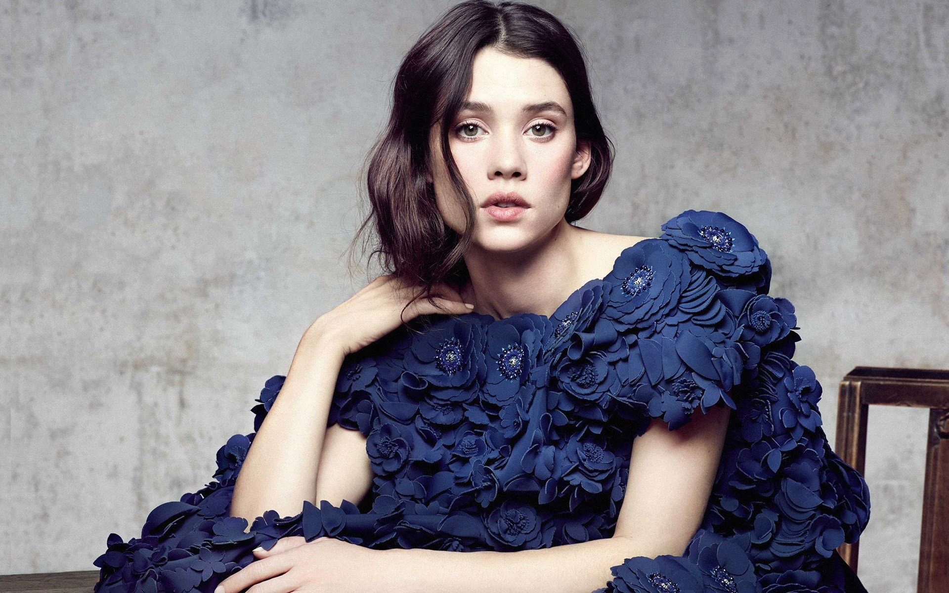 Wallpaper Actress Astrid Berges Frisbey