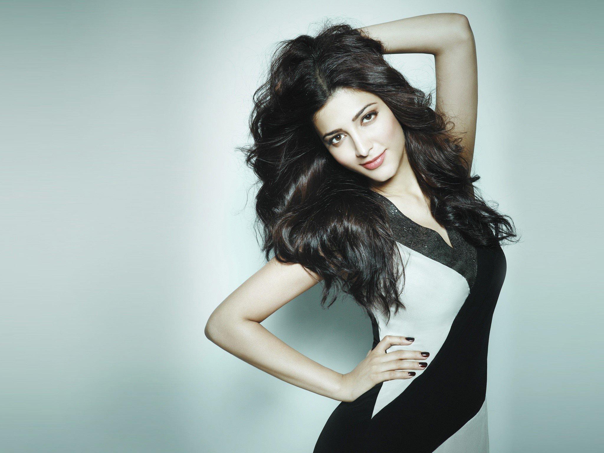 Fondos de pantalla Actriz de Bollywood Shruti Haasan