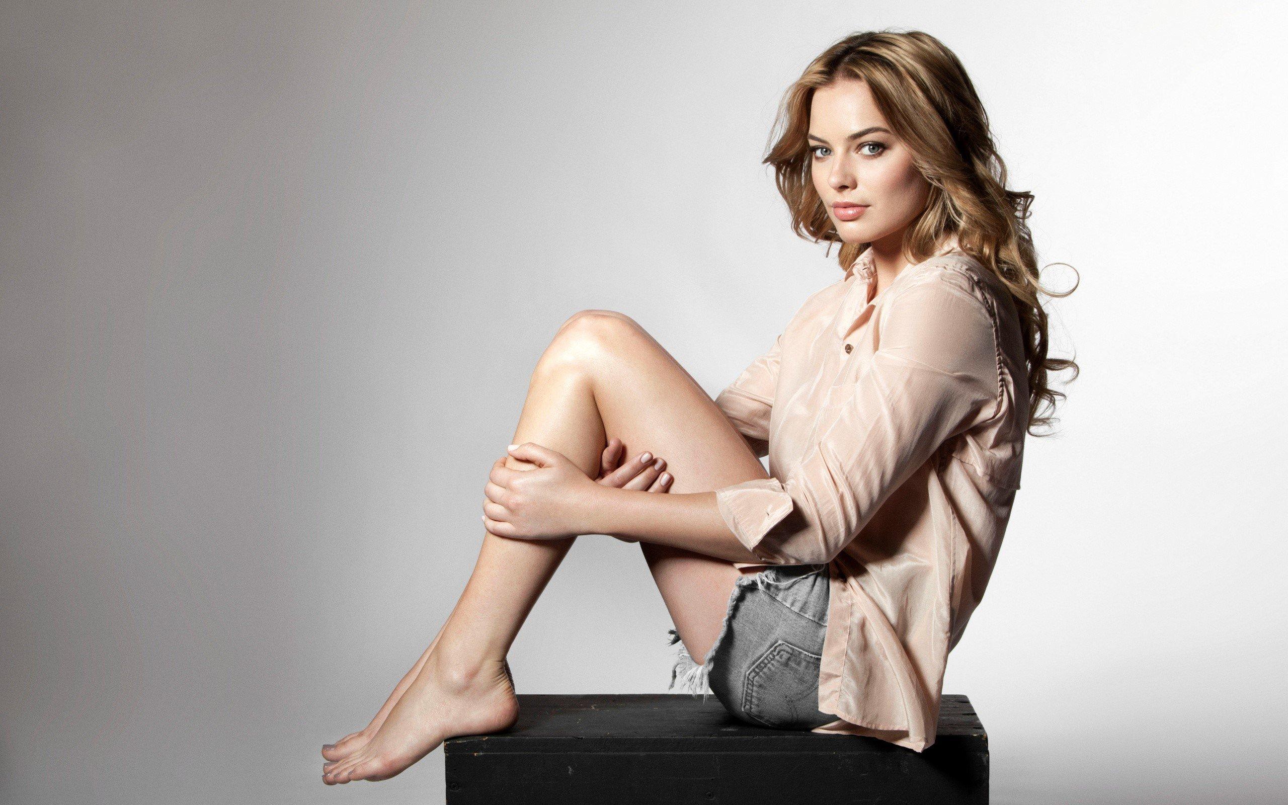 Fondo de pantalla de Actriz Margot Robbie castaña Imágenes