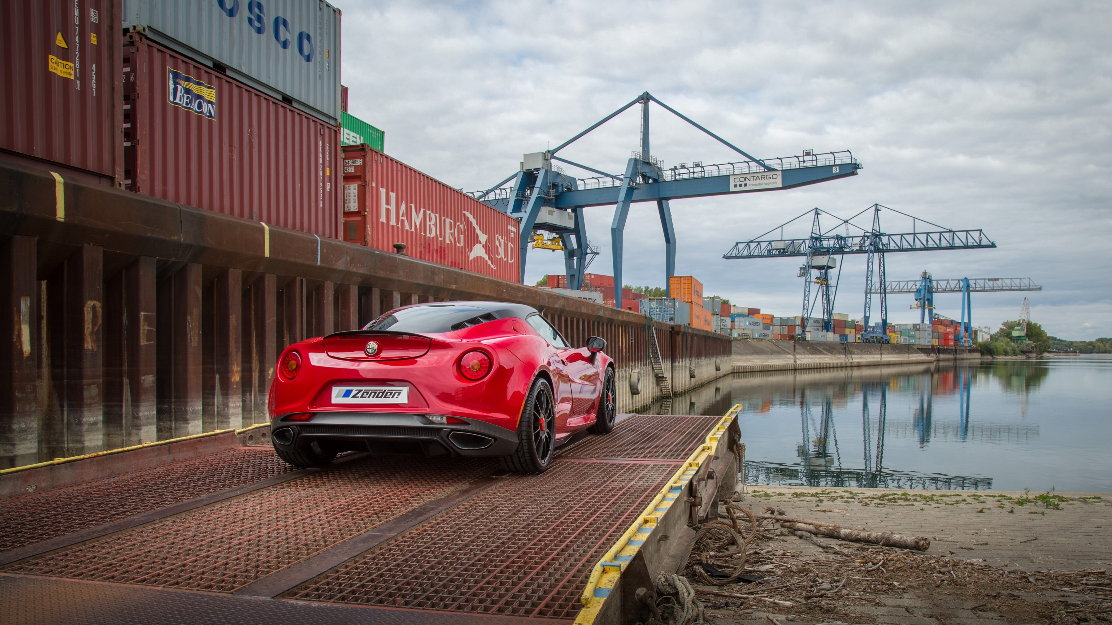 Wallpaper Alfa Romeo 4C Zender red