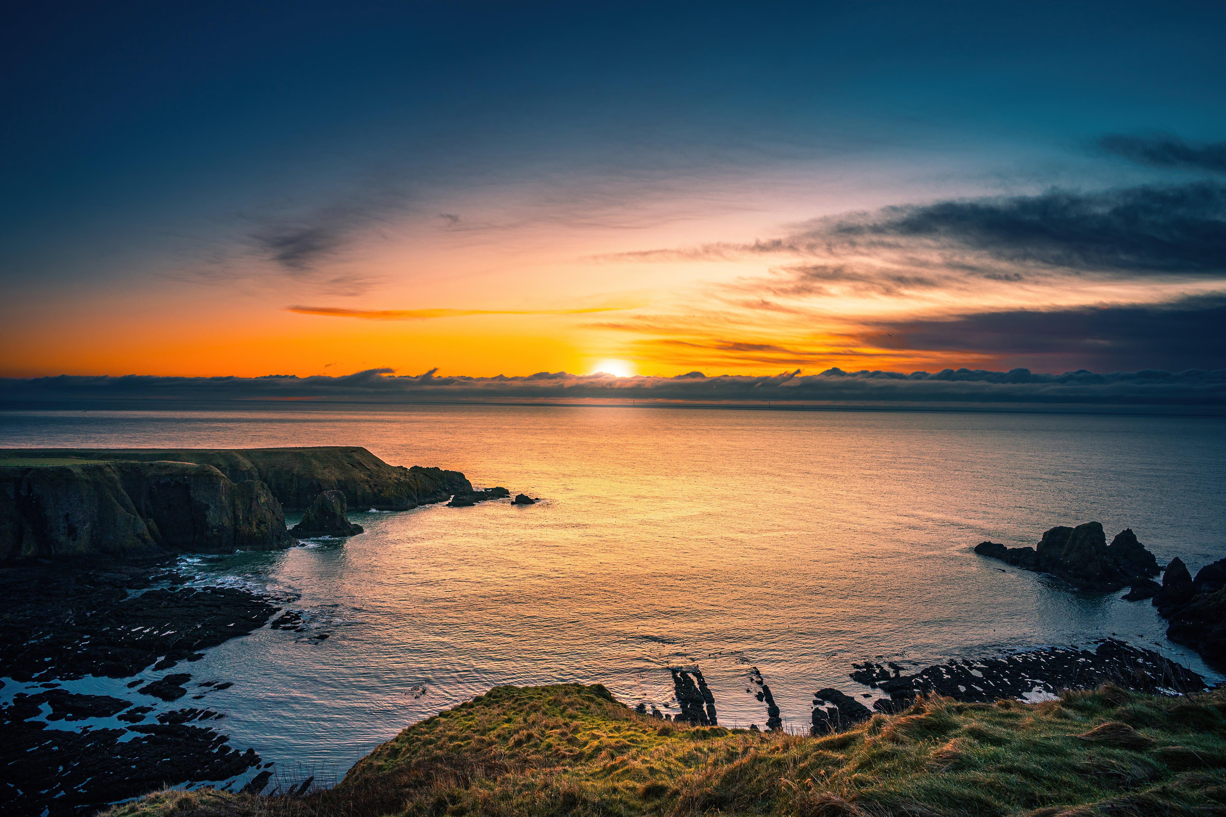 Fondos de pantalla Amanecer en Costa Aberdeen en Escocia