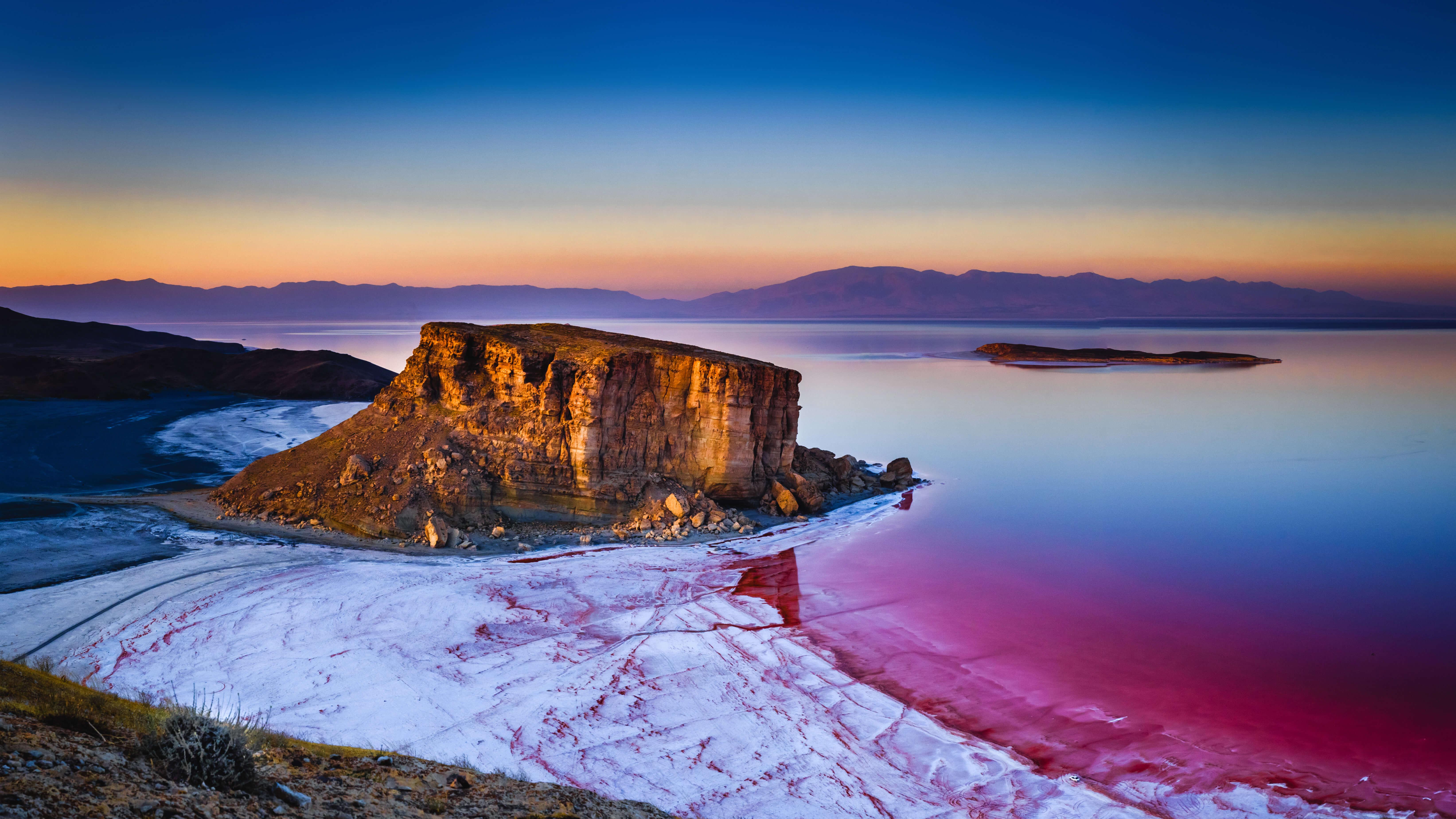 Fondos de pantalla Amanecer en la playa convirtiendose rosa