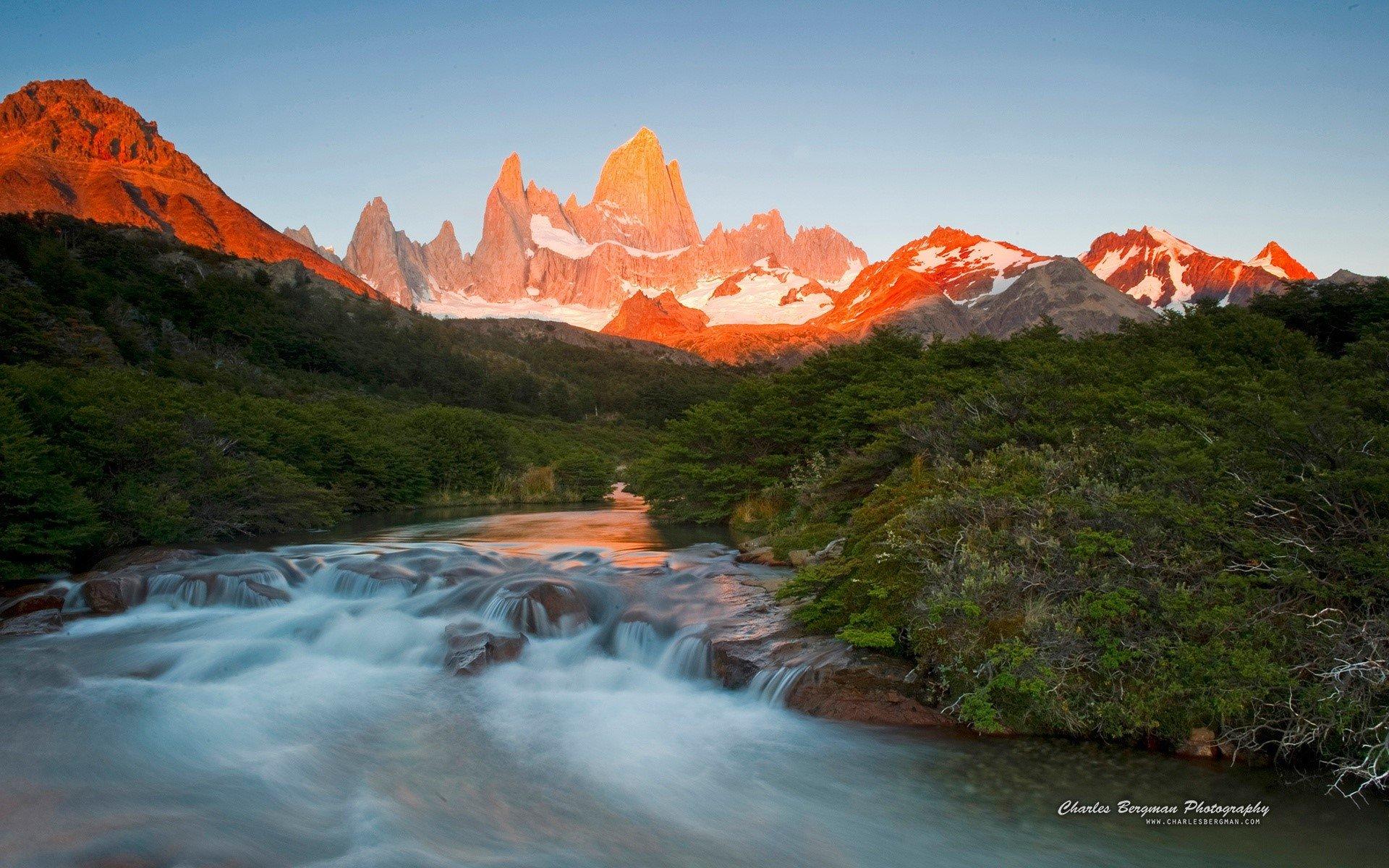 Fondo de pantalla de Amanecer en montañas Imágenes