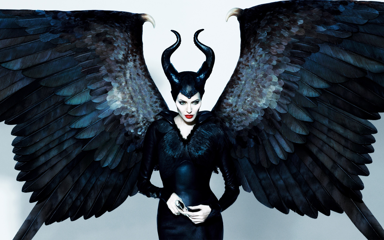 Wallpaper Angelina Jolie as Malefica
