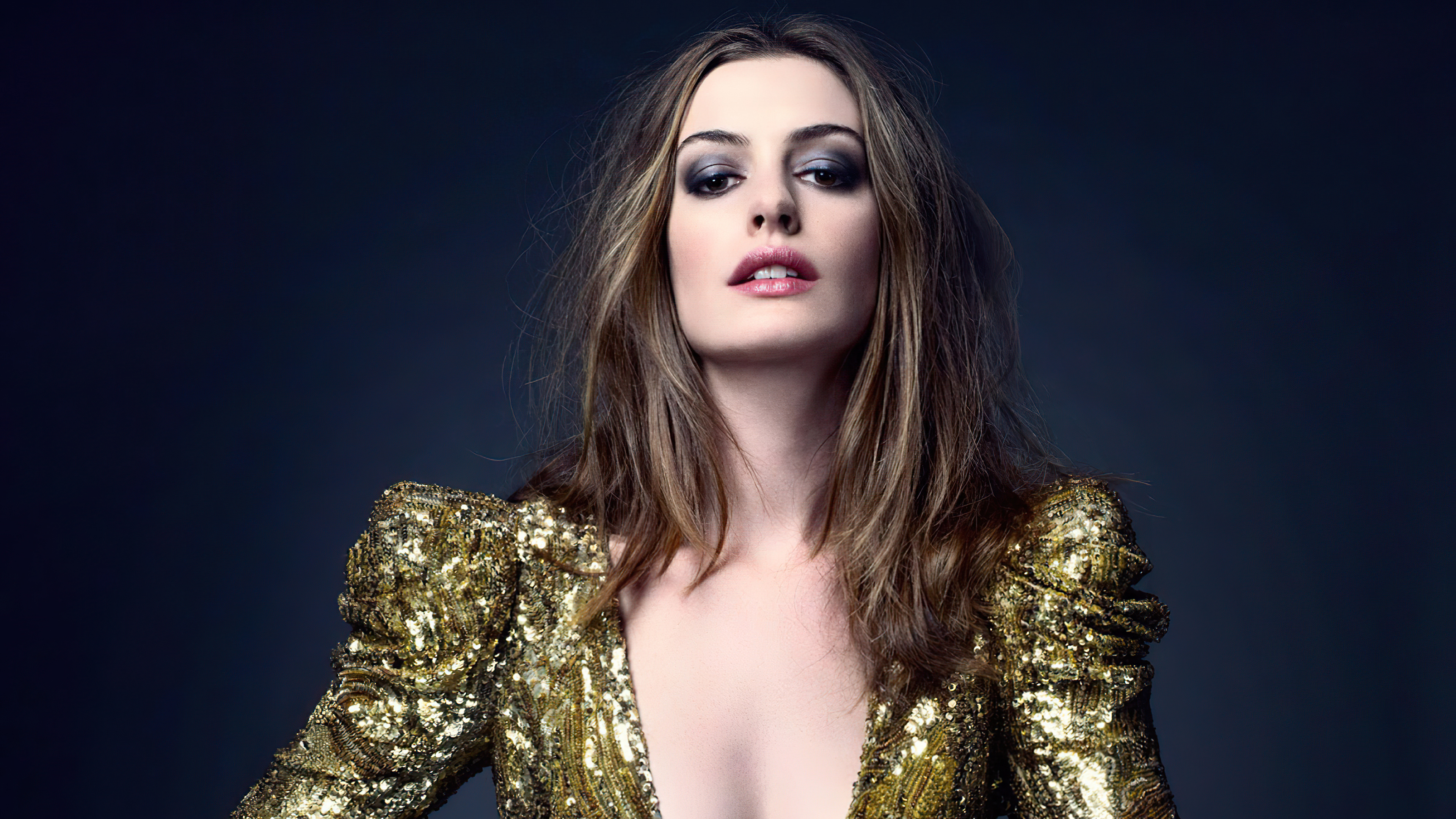Wallpaper Anne Hathaway Elle Photoshoot