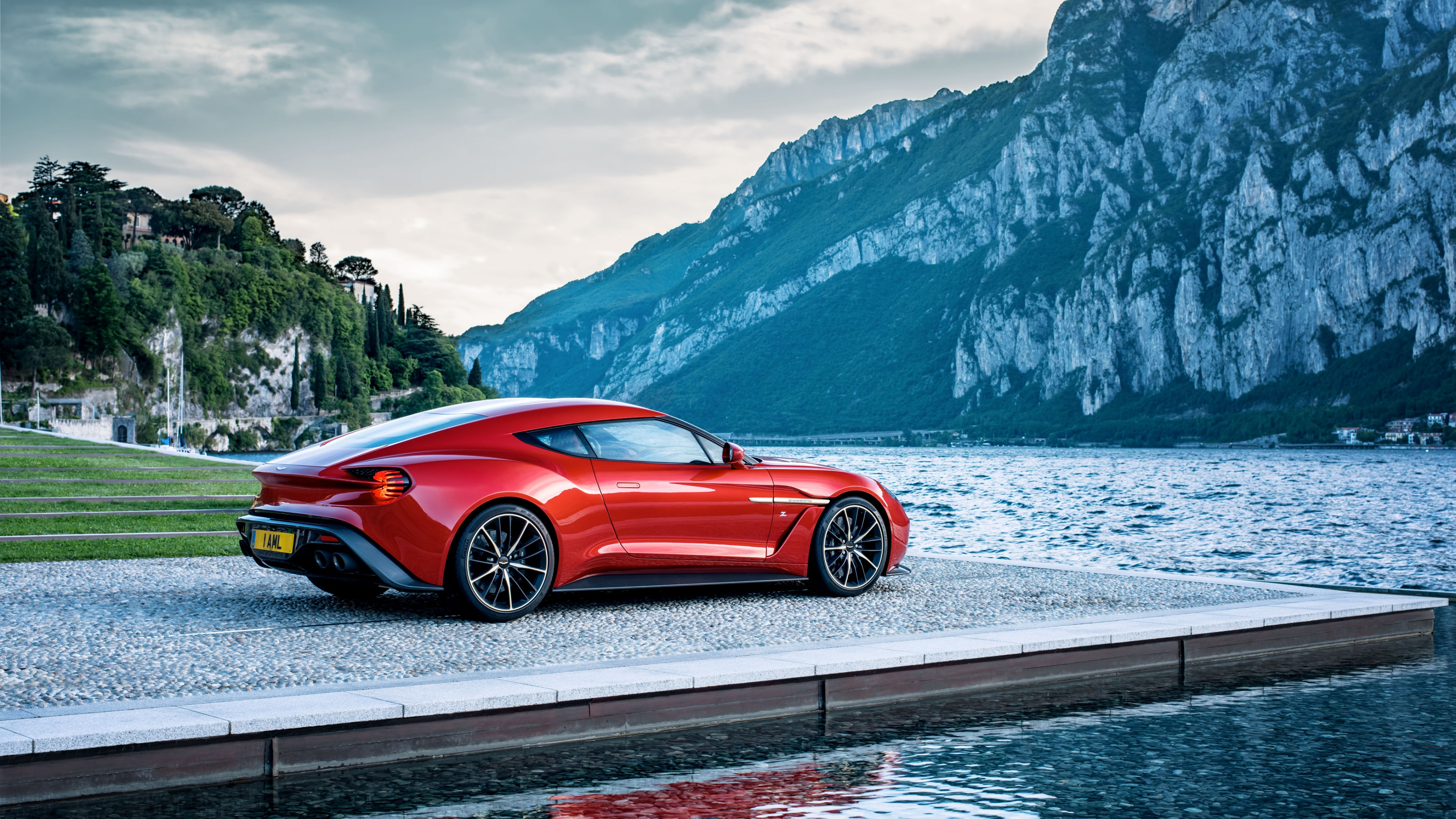 Fondos de pantalla Aston Martin  Zagato Rojo