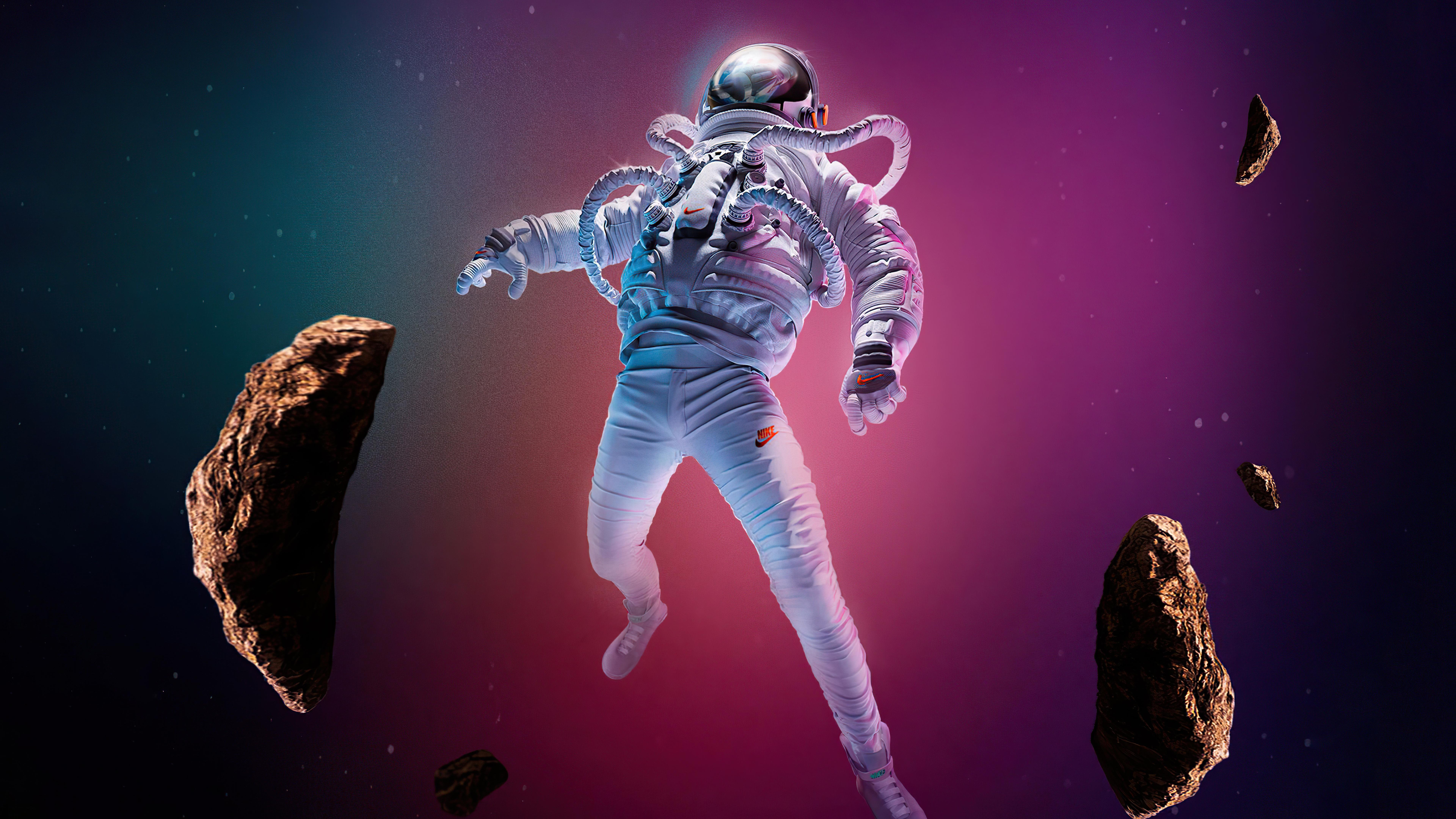 Wallpaper Astronaut falling