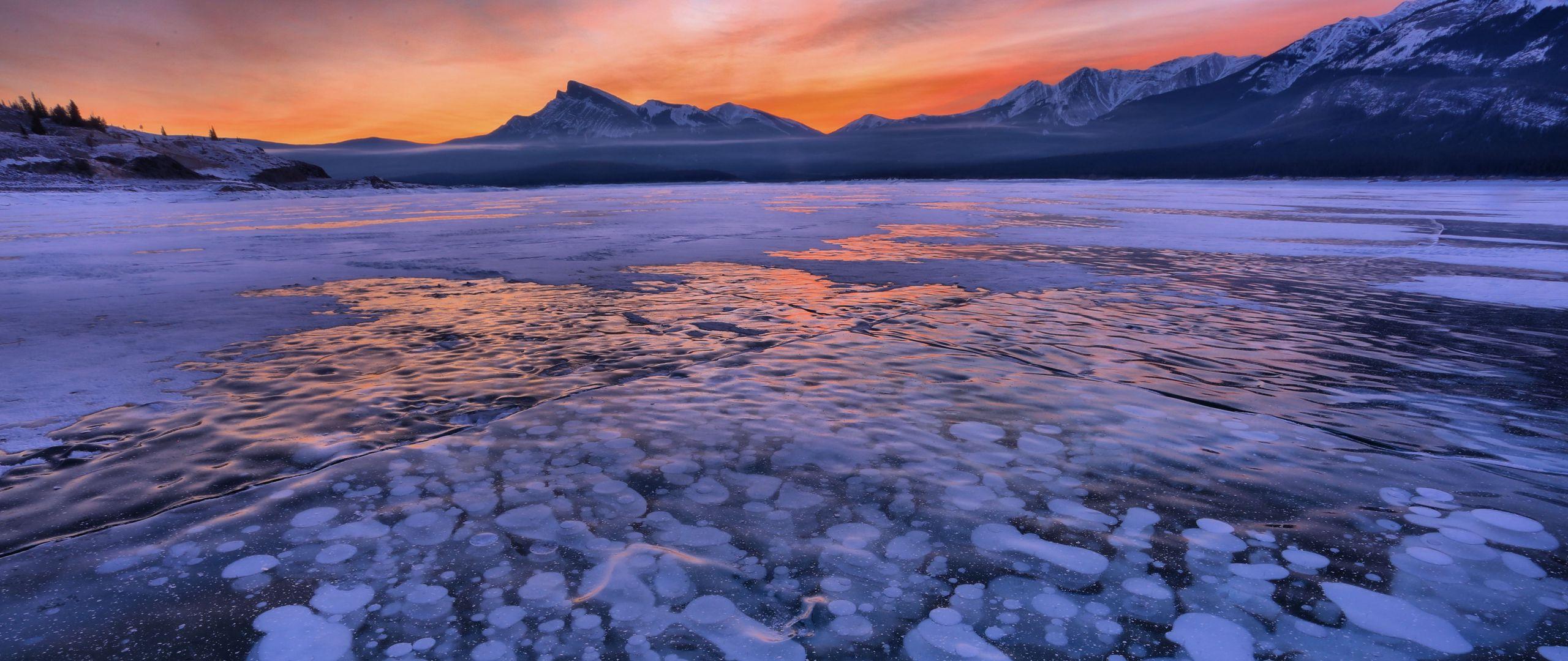 Wallpaper Sunset at frozen lake