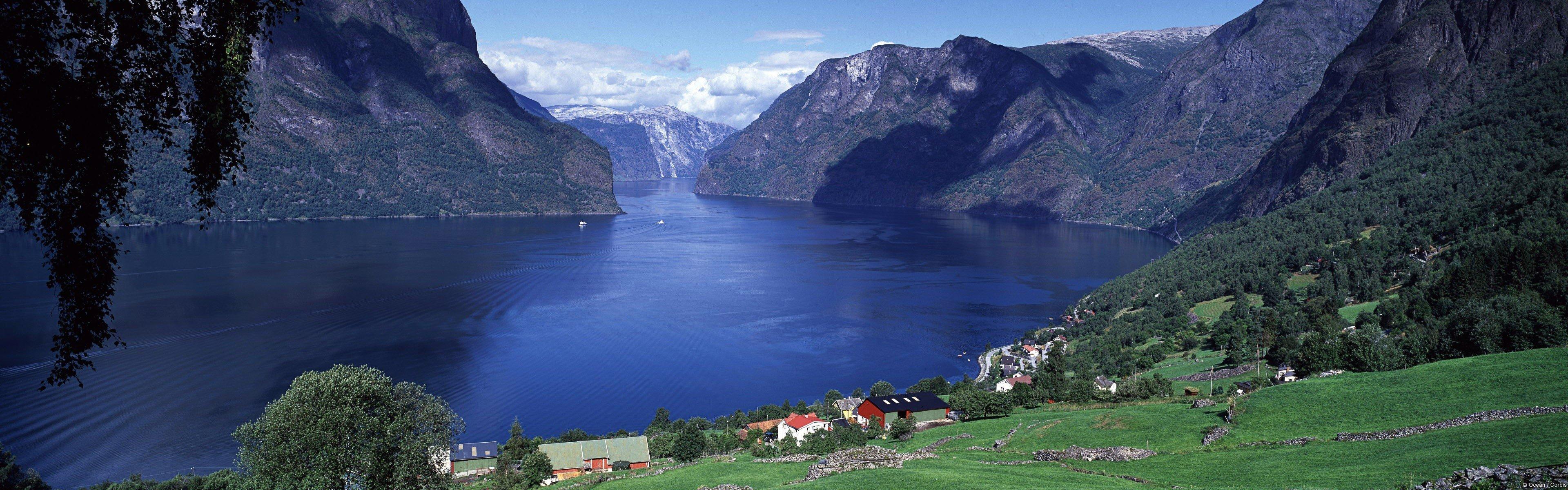 Fondo de pantalla de Aurlandsfjord en Noruega Imágenes
