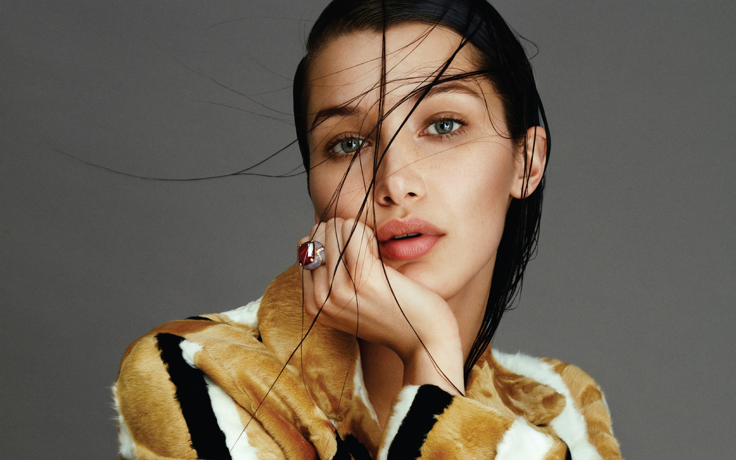 Wallpaper Bella Hadid Images