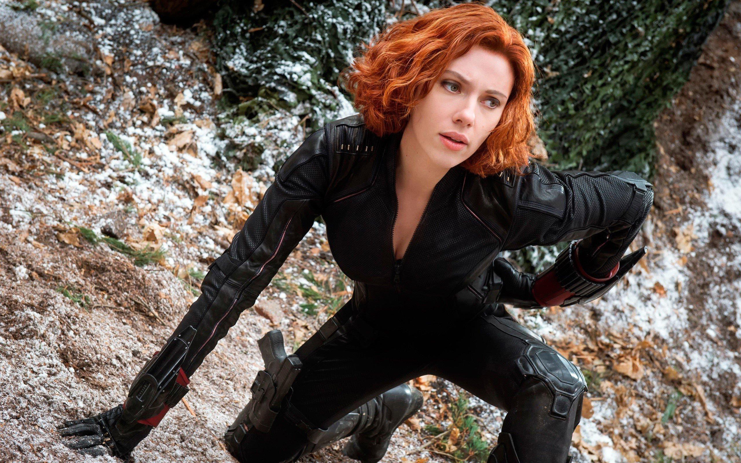 Wallpaper Black Widow in The Avengers 2