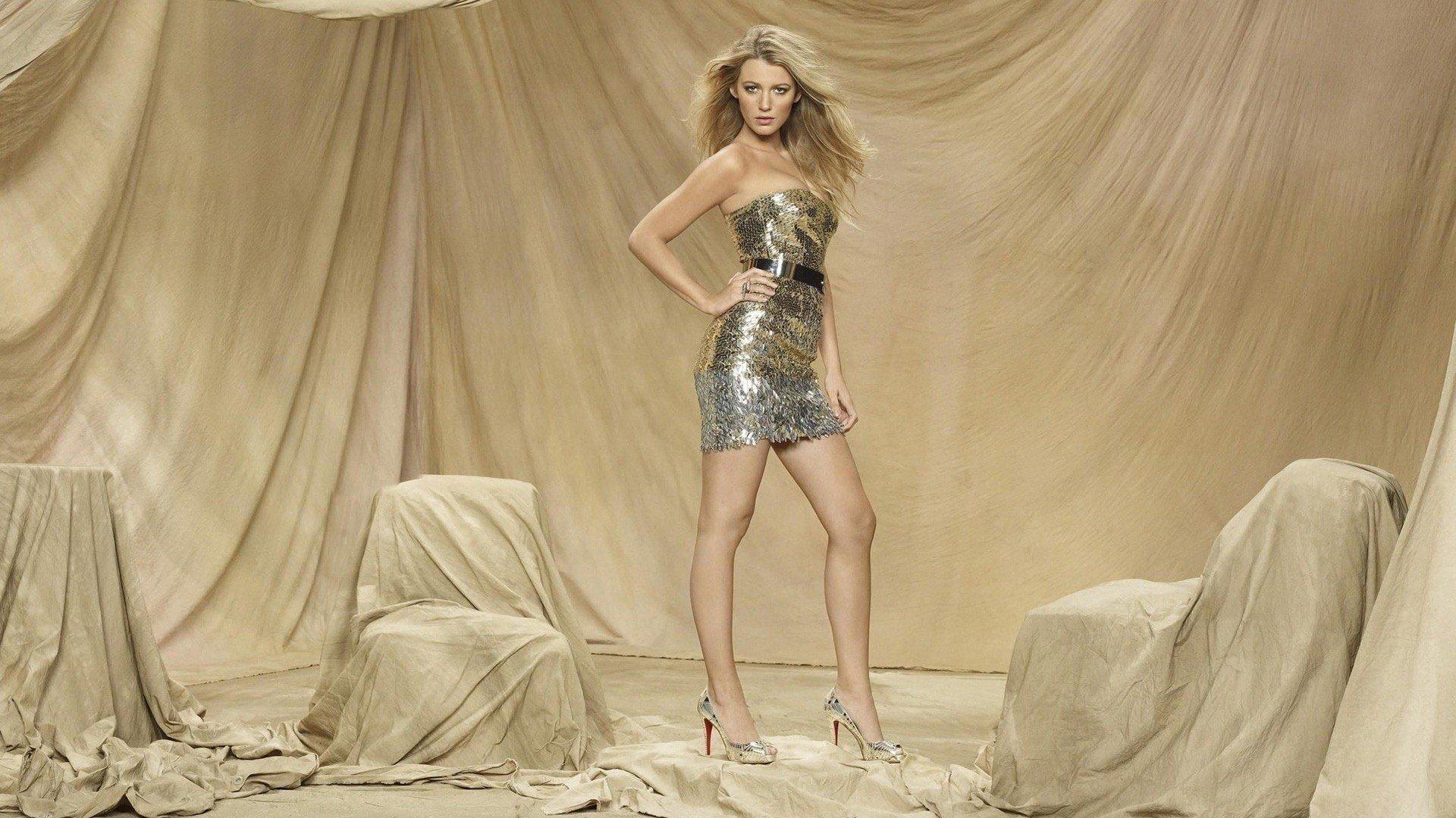 Wallpaper Blake Lively as Serena Van der Woodsen
