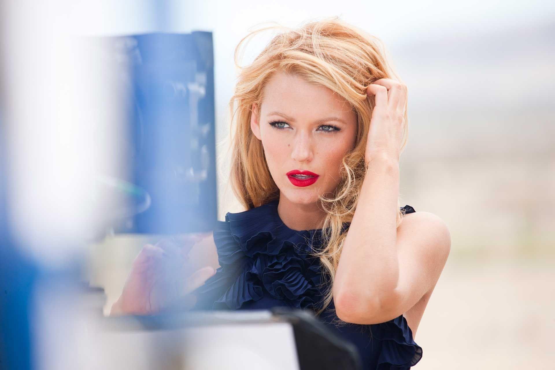 Fondos de pantalla Blake Lively con labios rojos