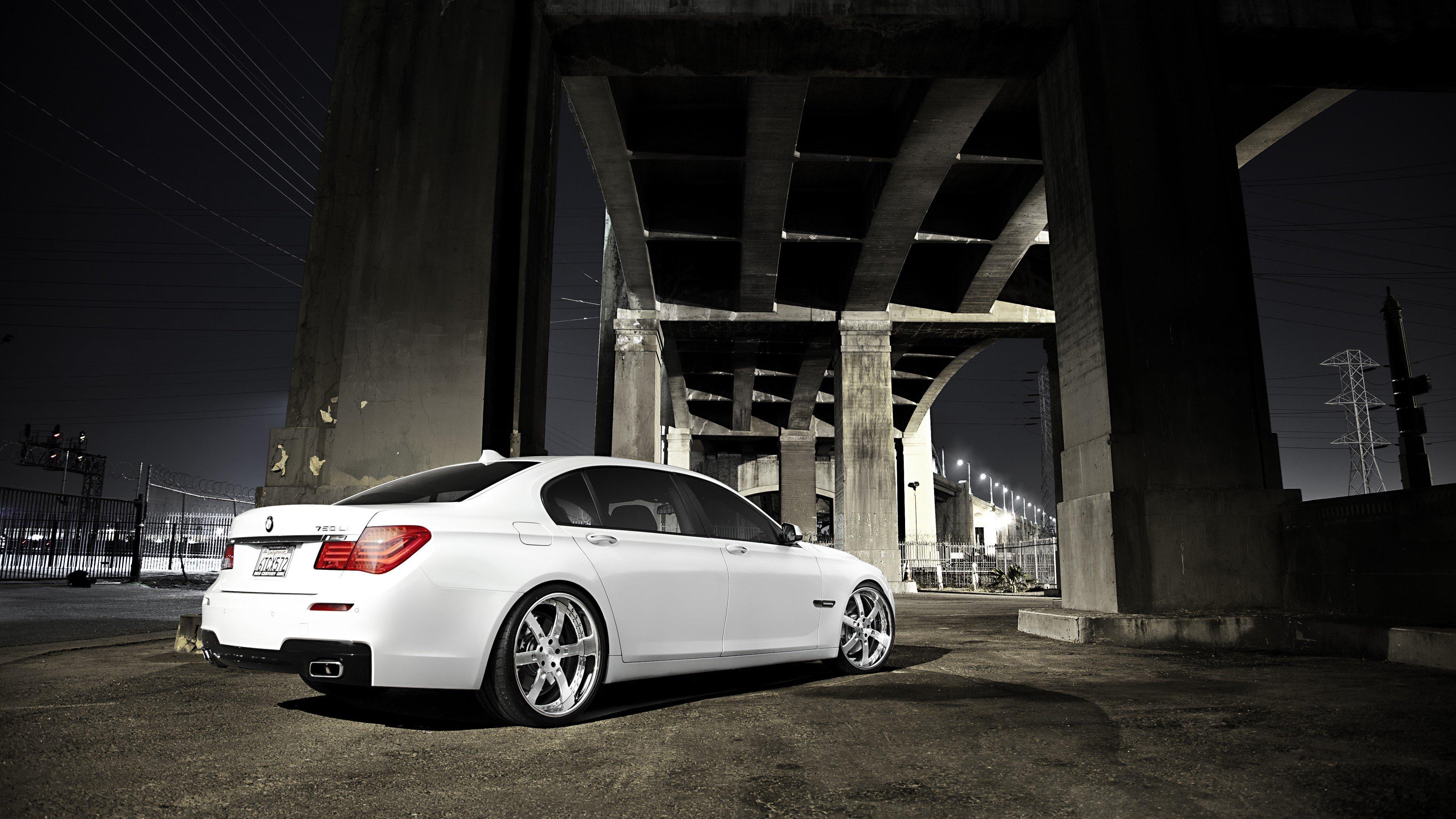 Wallpaper BMW 7 750LI white