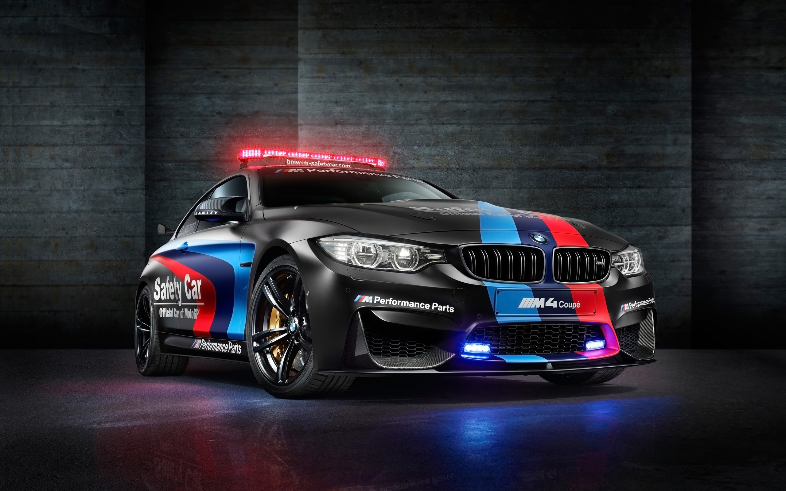 Fondos de pantalla BMW M4 motoGP safety car
