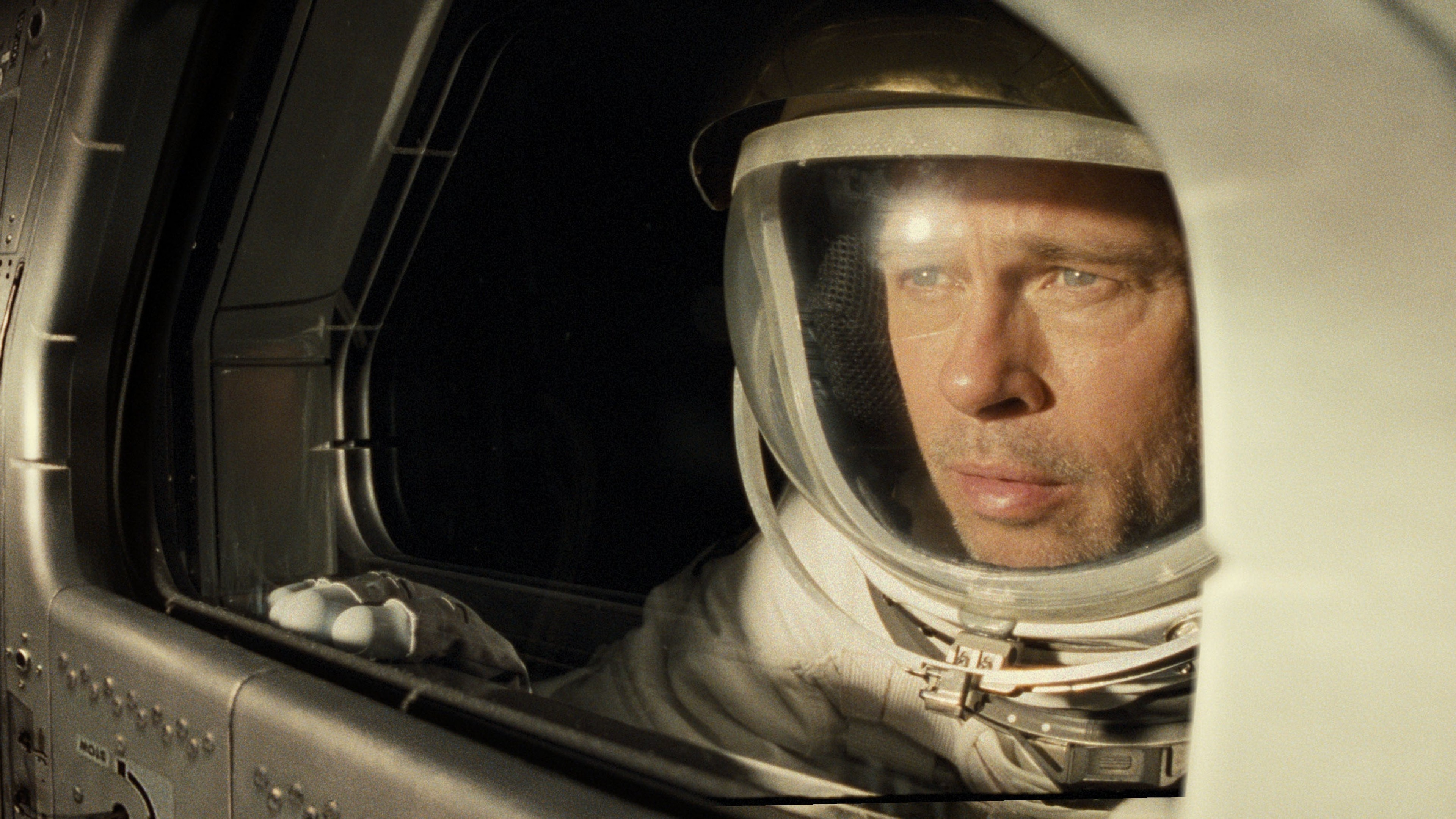 Wallpaper Brad Pitt in space ship for Ad Astra