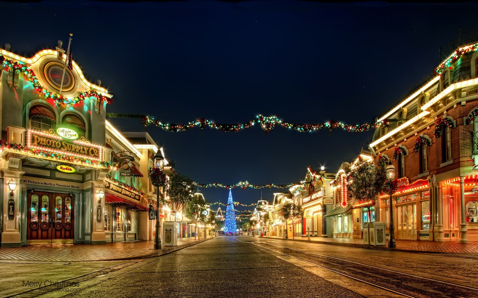 Wallpaper Streets with Christmas lights and ornaments