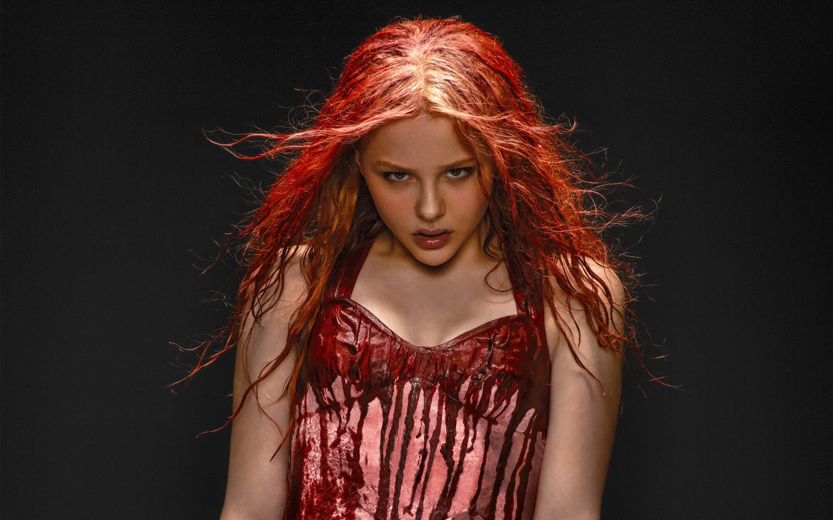 Wallpaper Chloe Moretz in Carrie
