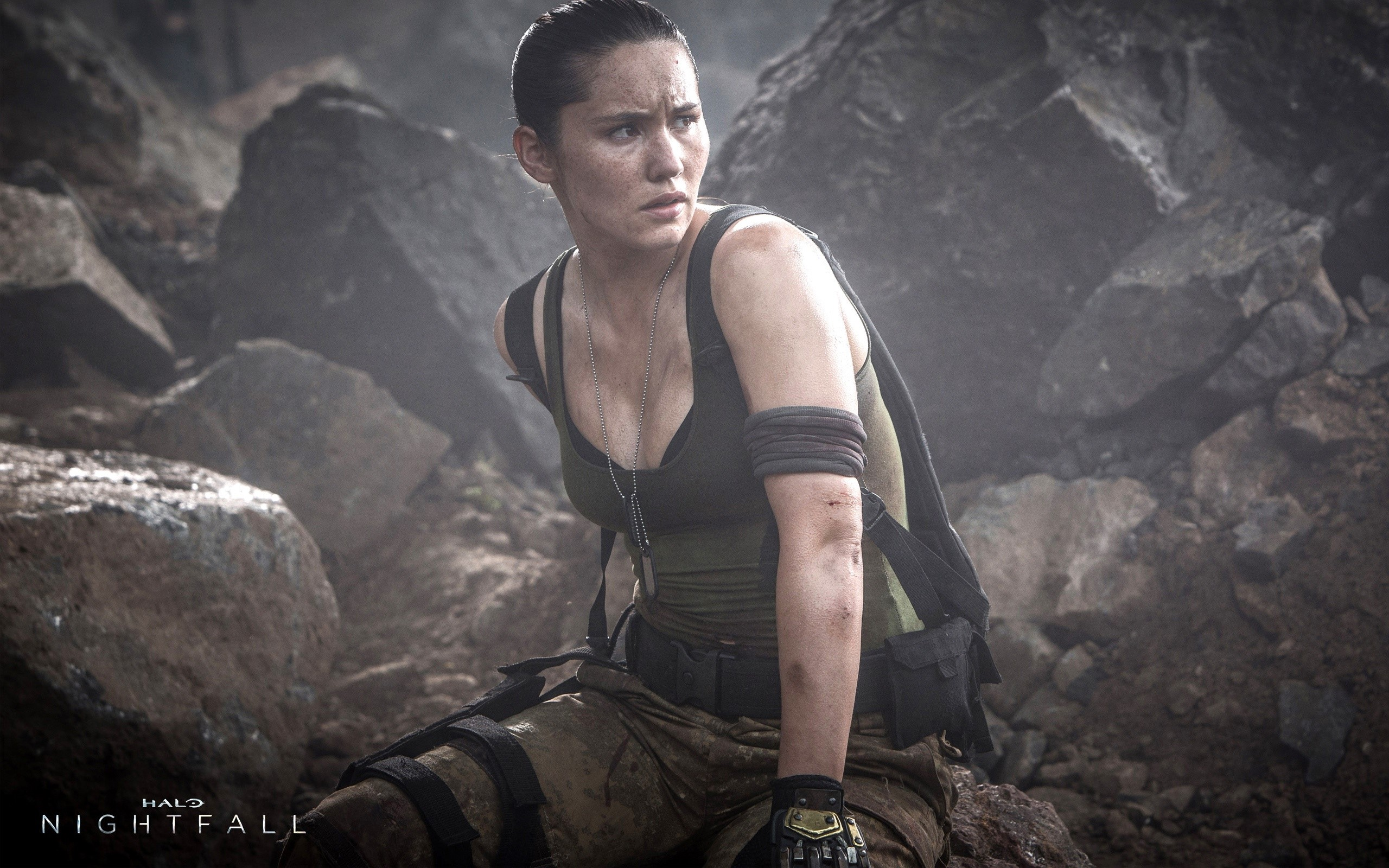 Wallpaper Christina Chong as Macer in Halo Nightfall