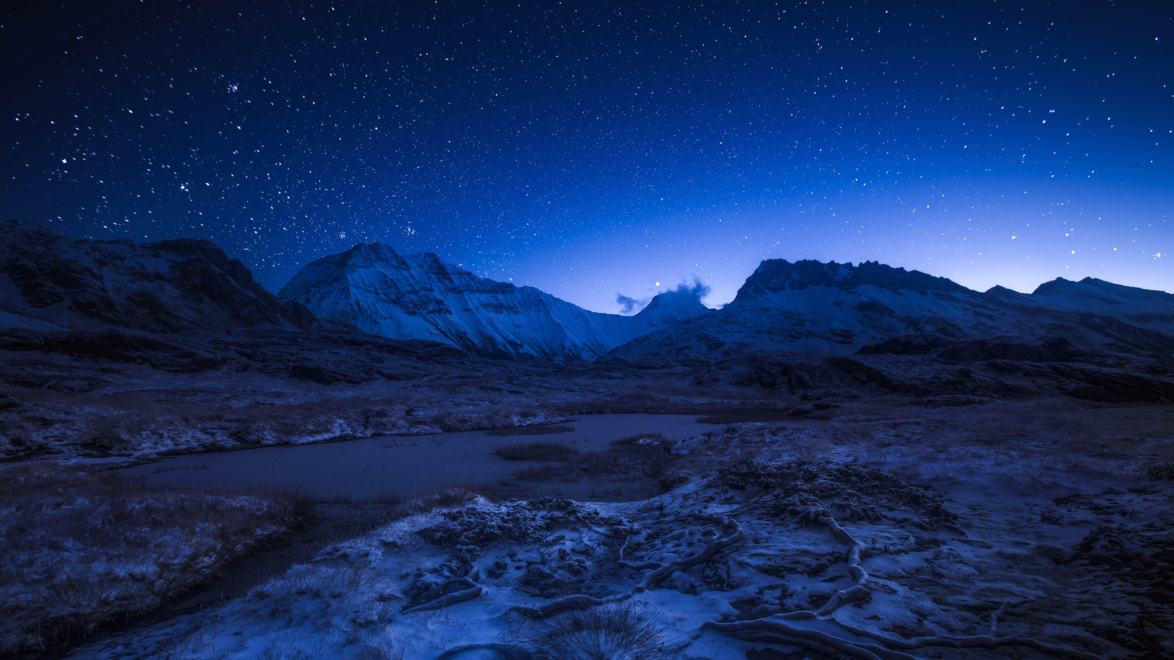 Wallpaper Starry night sky above the snowy mountains