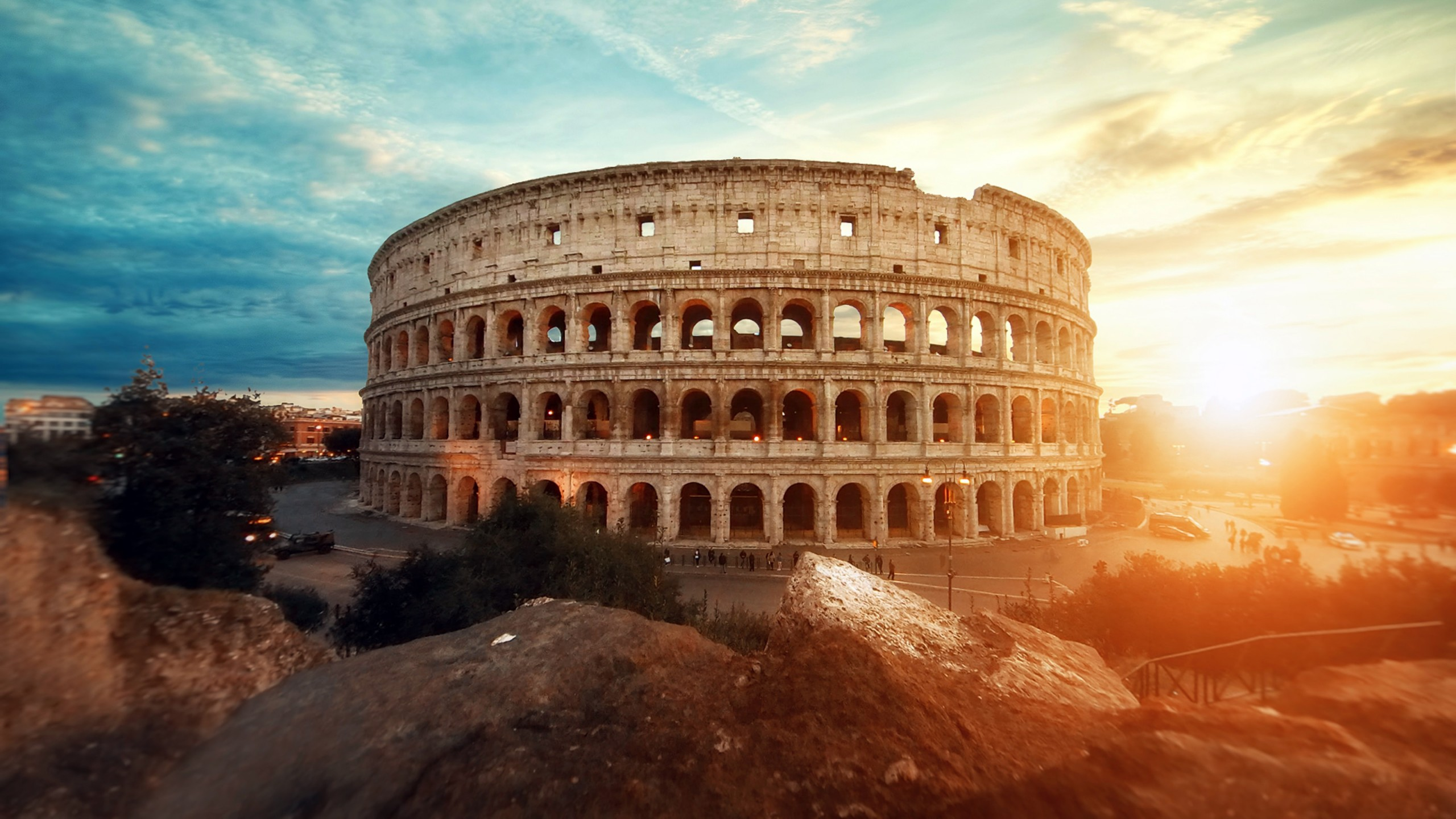 Wallpaper Roman Colosseum at sunset