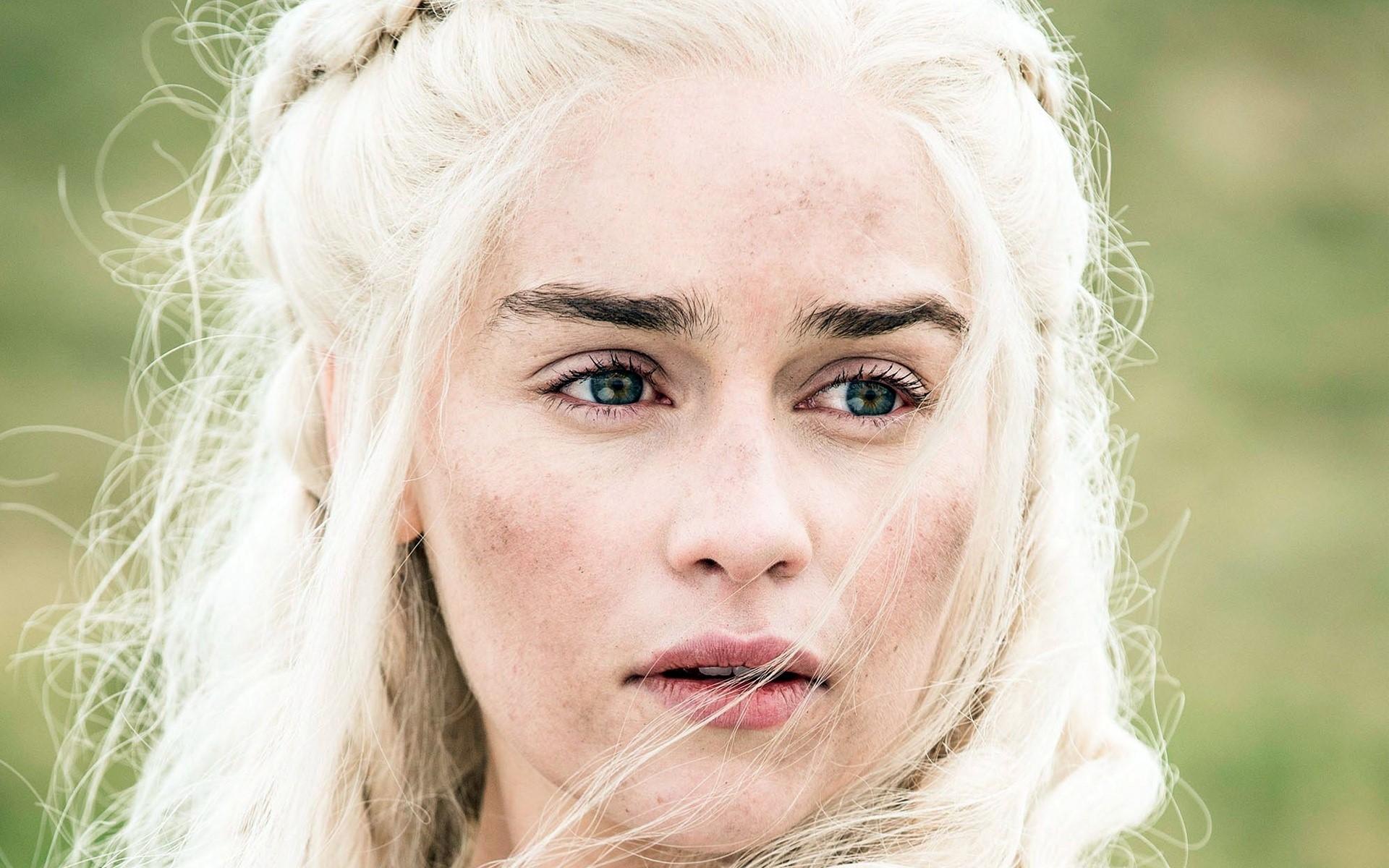Wallpaper Daenerys Stormborn