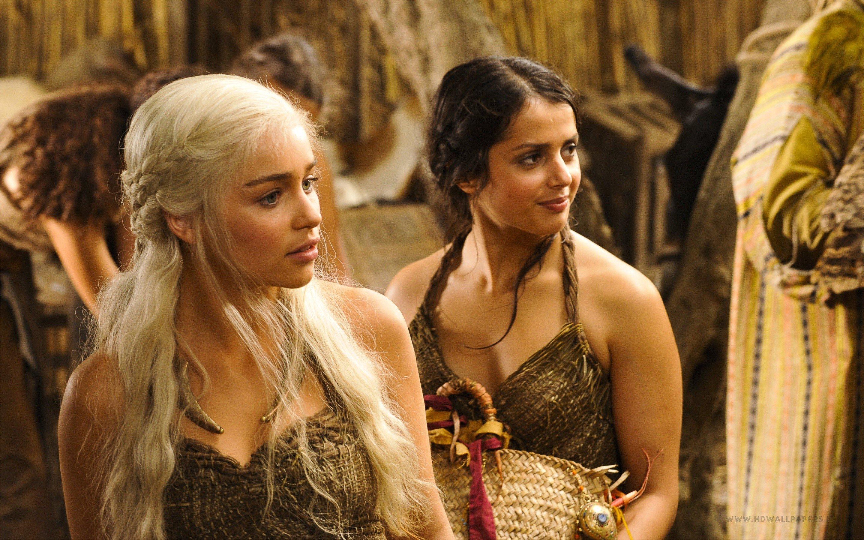 Wallpaper Daenerys targaryen in the first season