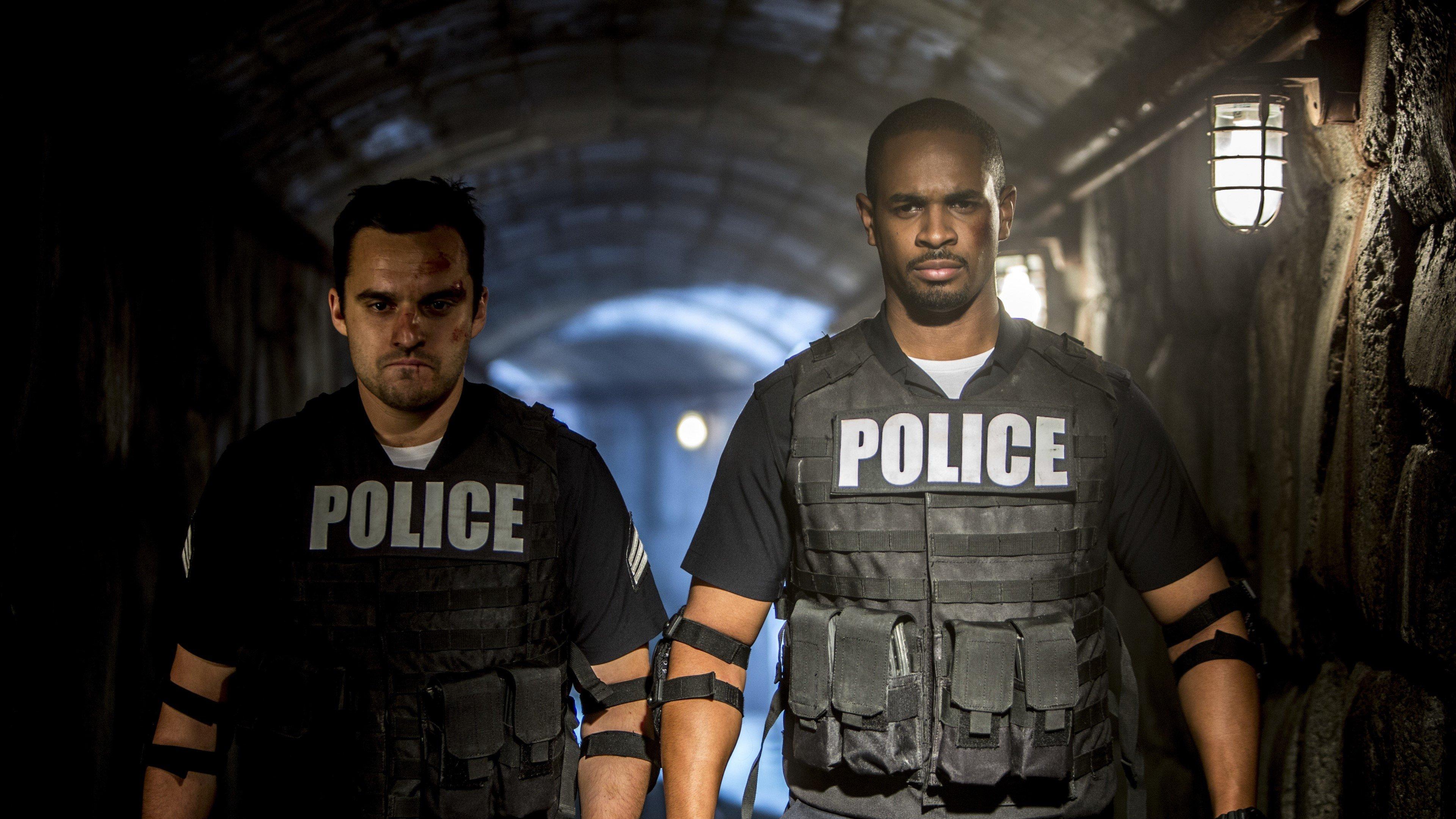 Fondo de pantalla de Damon Wayans Jr y Jake Johnson en Vamos de Polis Imágenes