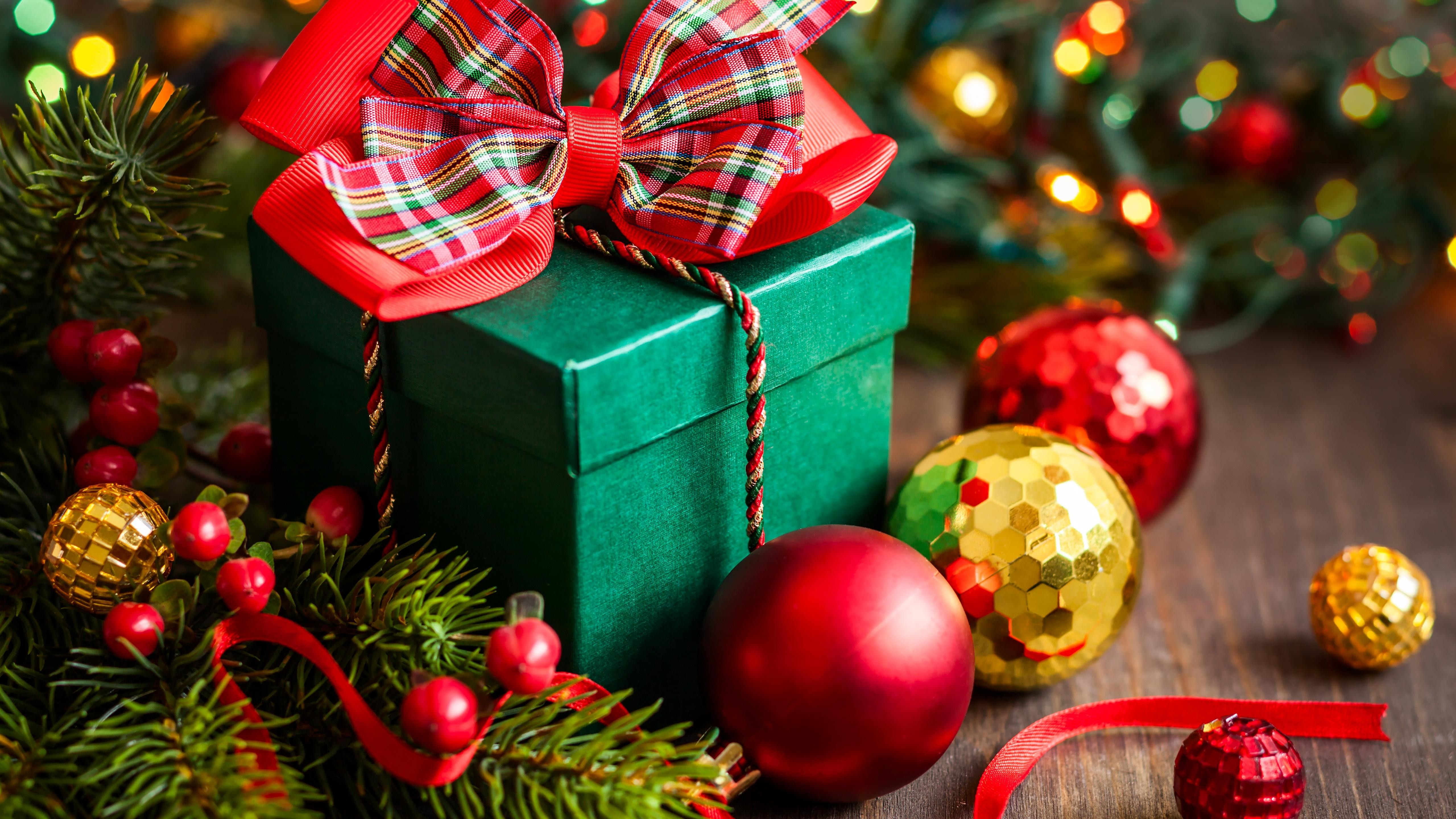 Christmas Decoration And Gift Wallpaper 5k Ultra Hd Id 4235