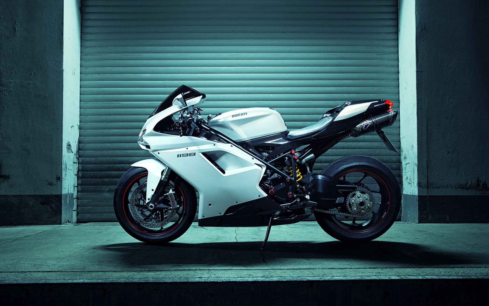 Fondo de pantalla de Ducati 1198 Superbike Imágenes