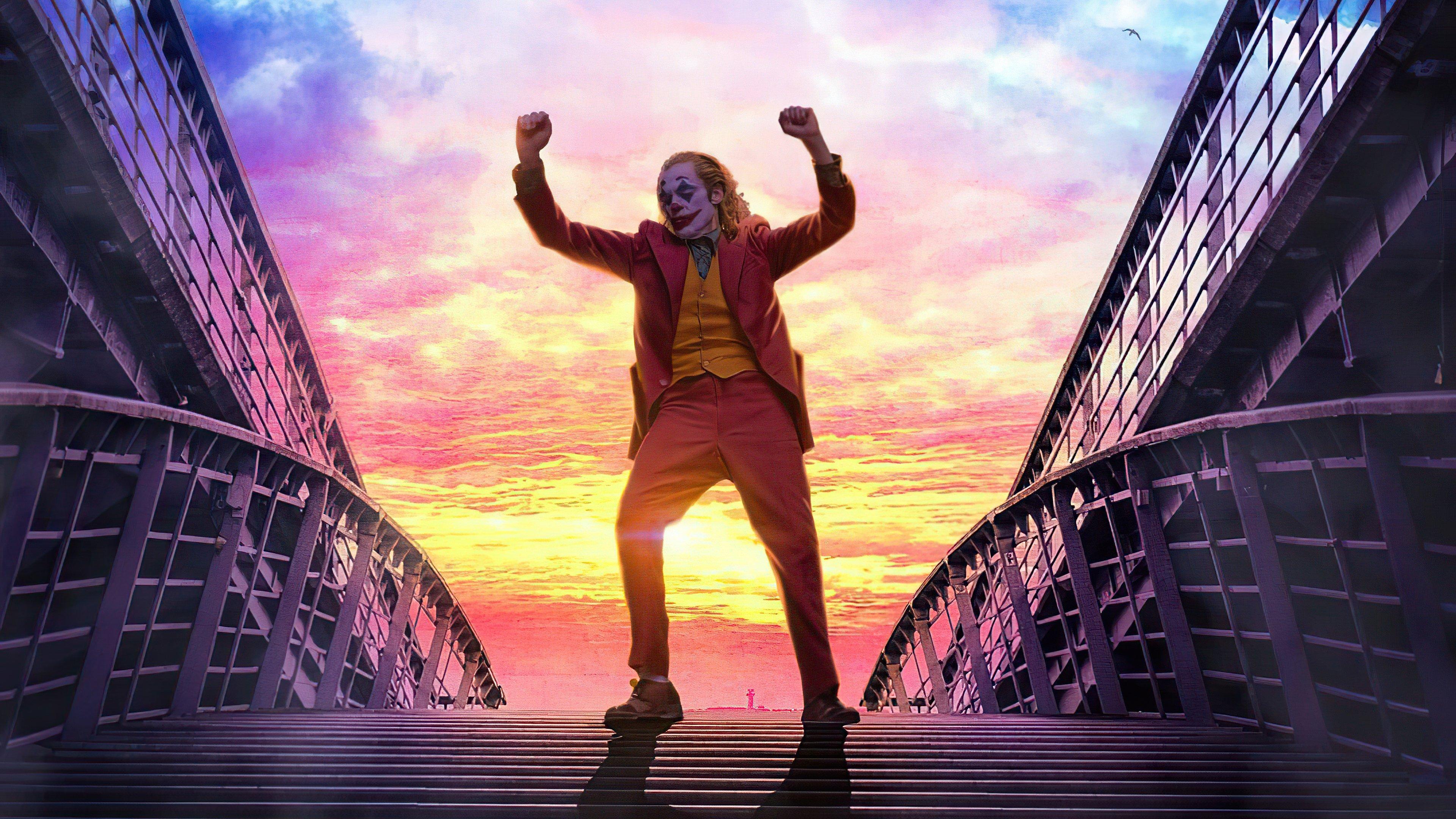 Wallpaper Joker dancing in the stairs