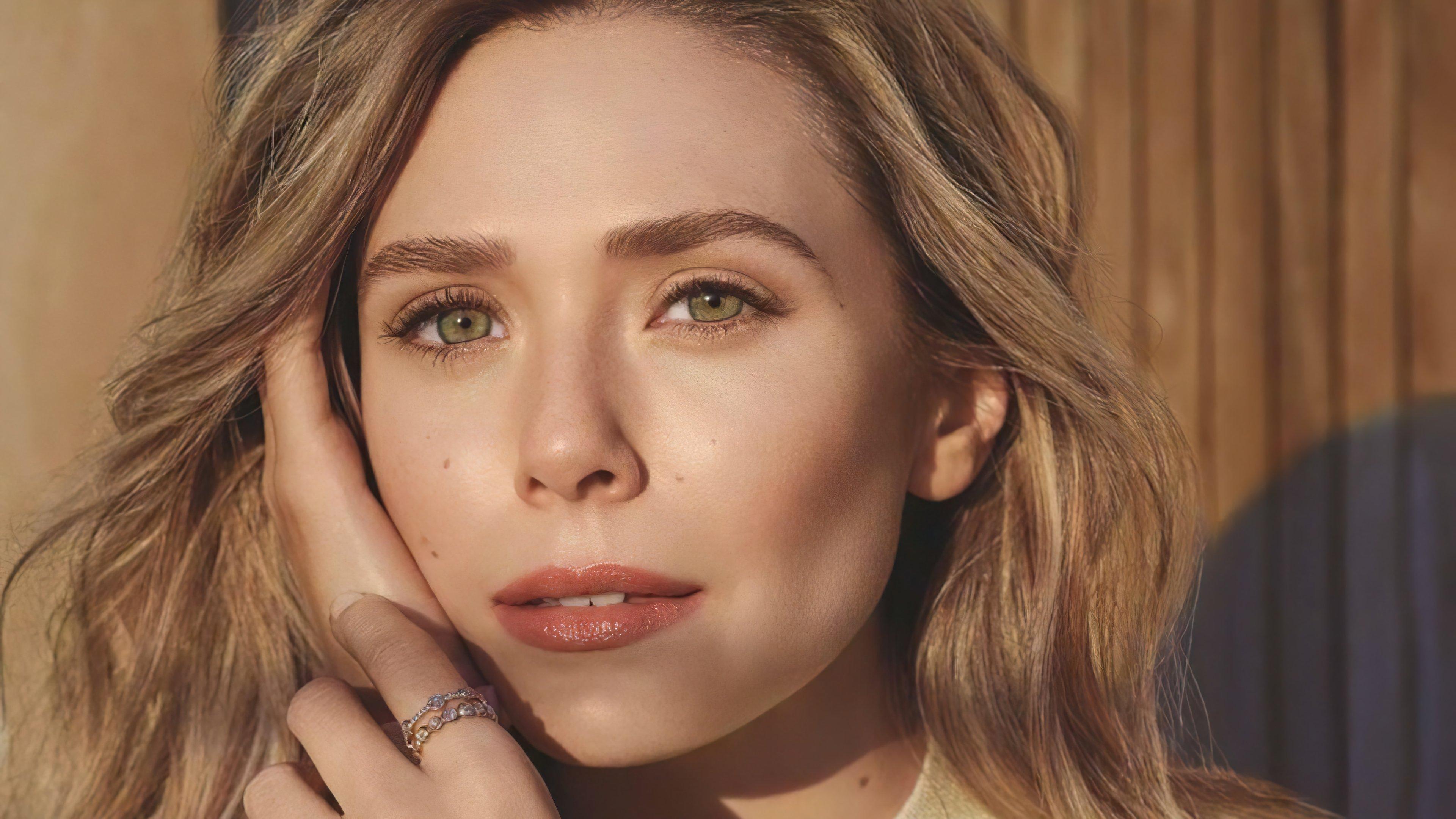 Fondos de pantalla Elizabeth Olsen con maquillaje