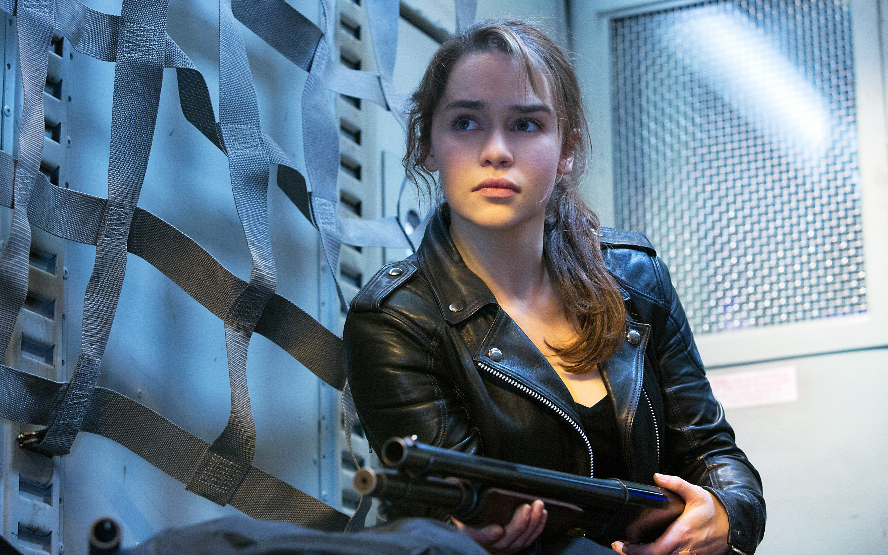 Wallpaper Emilia Clarke as Sarah Connor