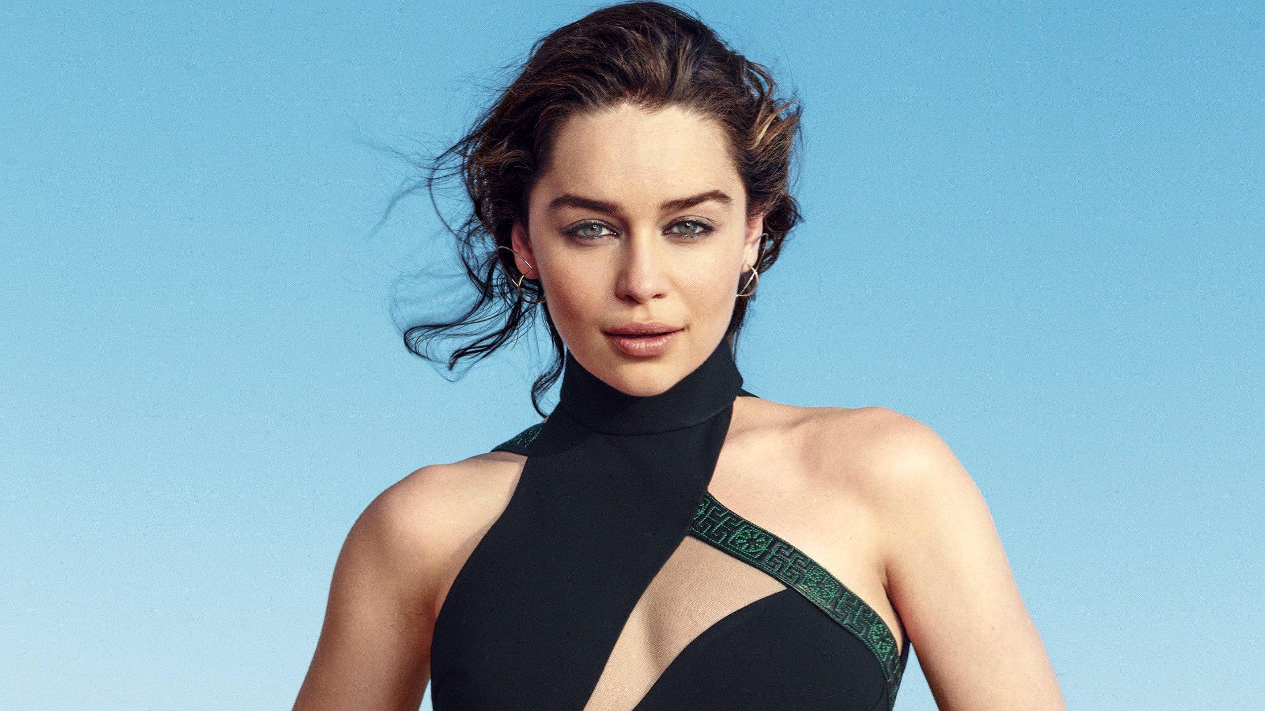 Wallpaper Emilia Clarke brunette