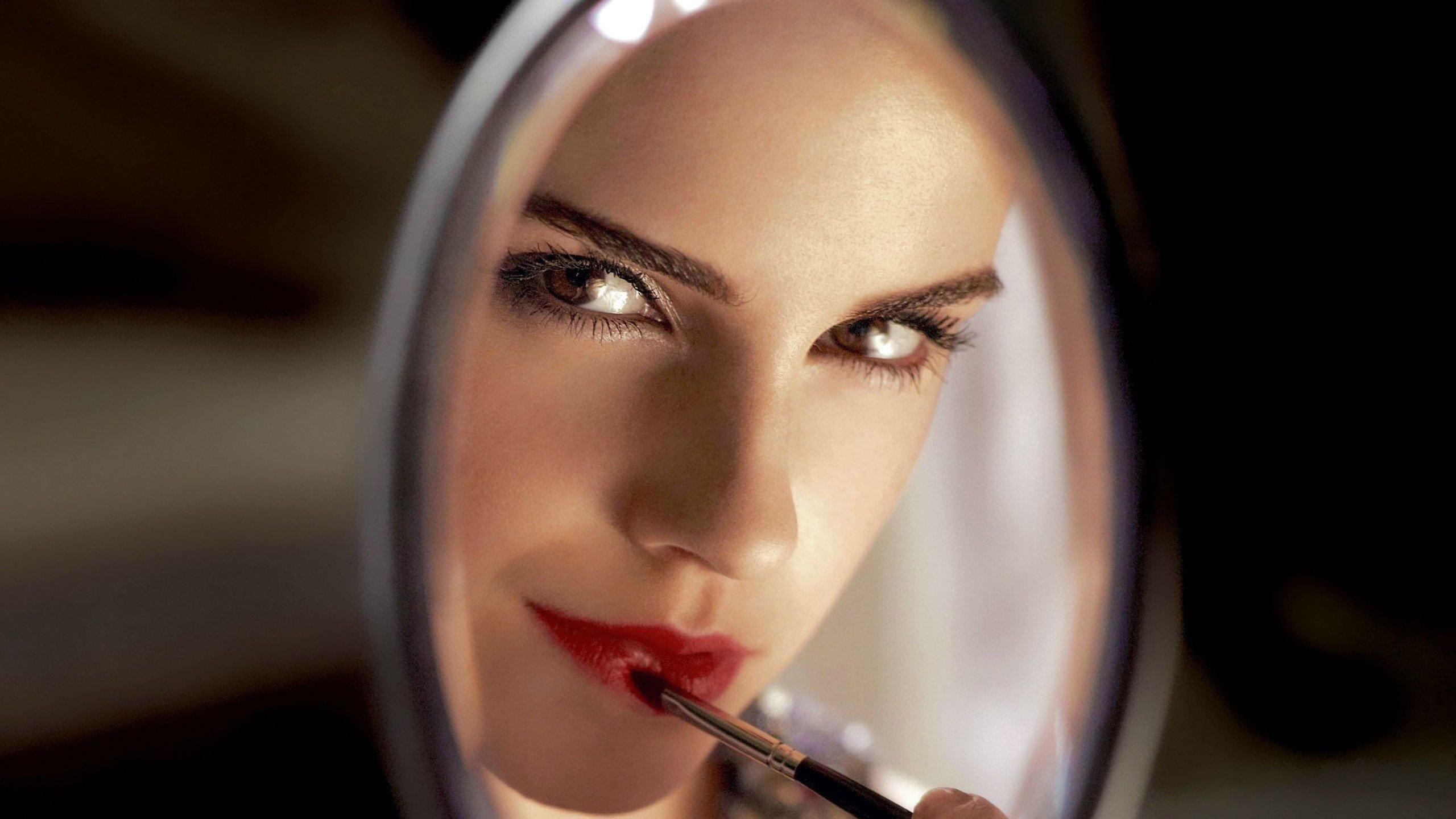 Wallpaper Emma Watson in a mirror