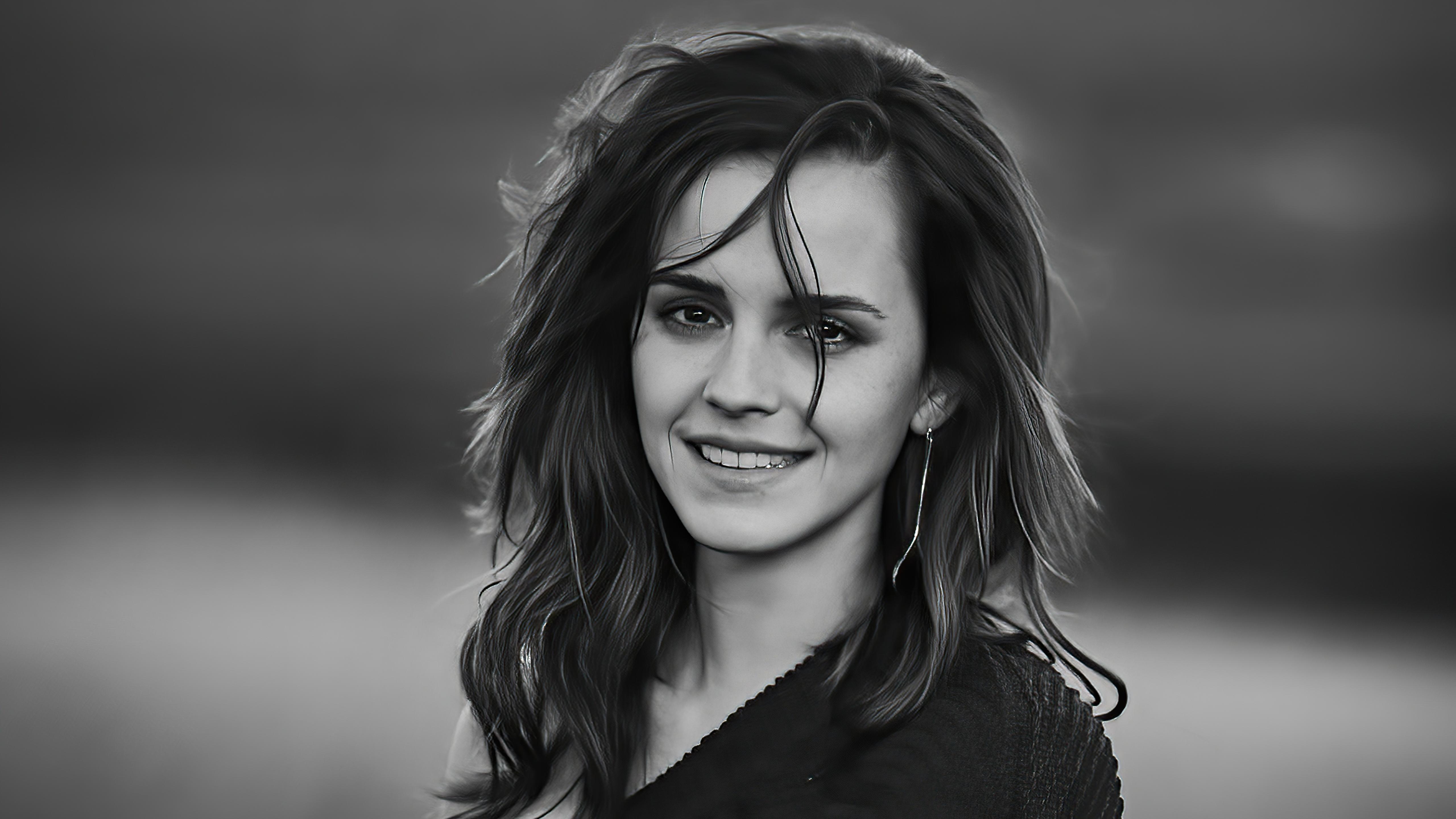 Wallpaper Emma Watson Monochrome