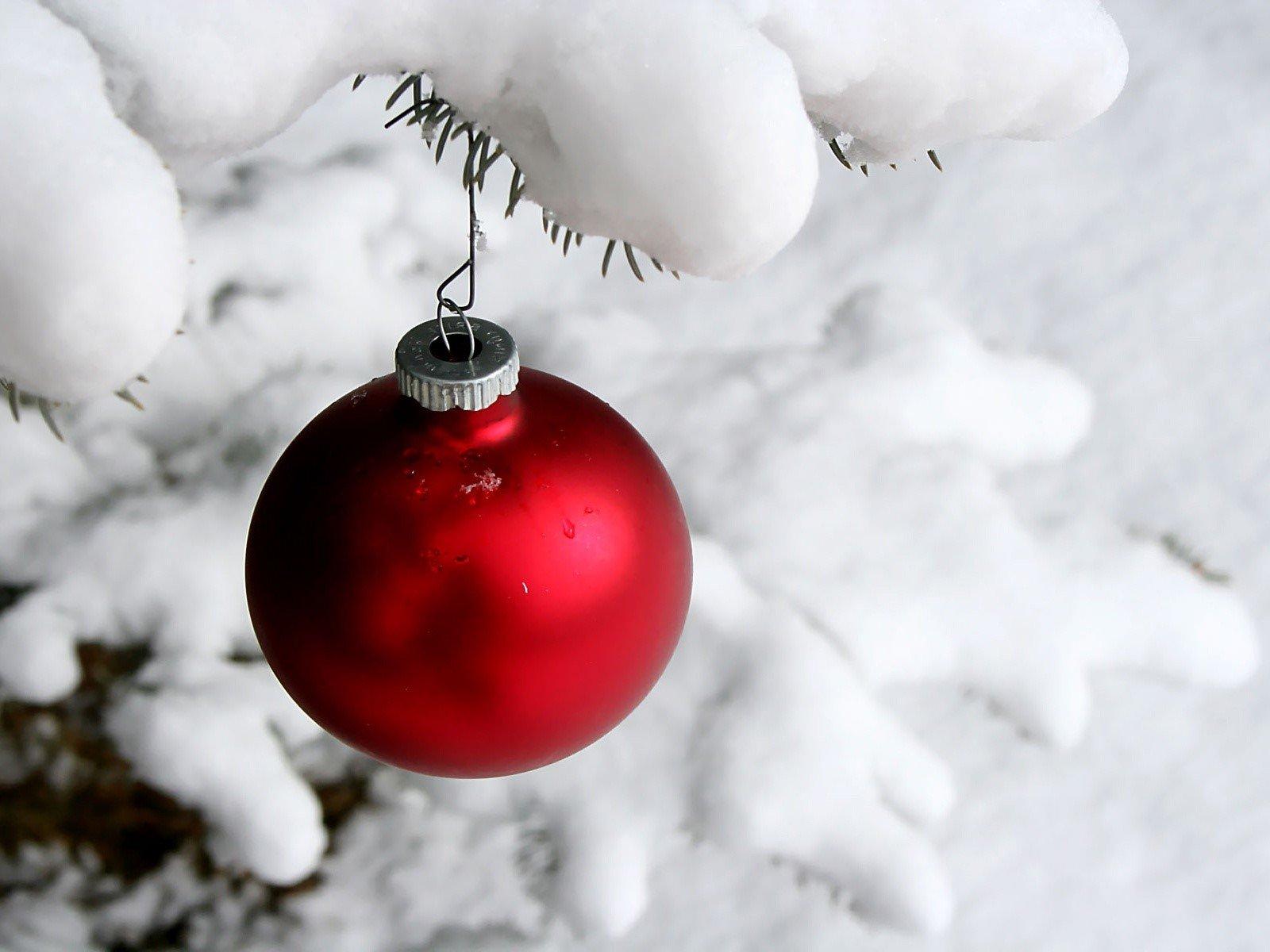 Fondos de pantalla Esfera en nieve