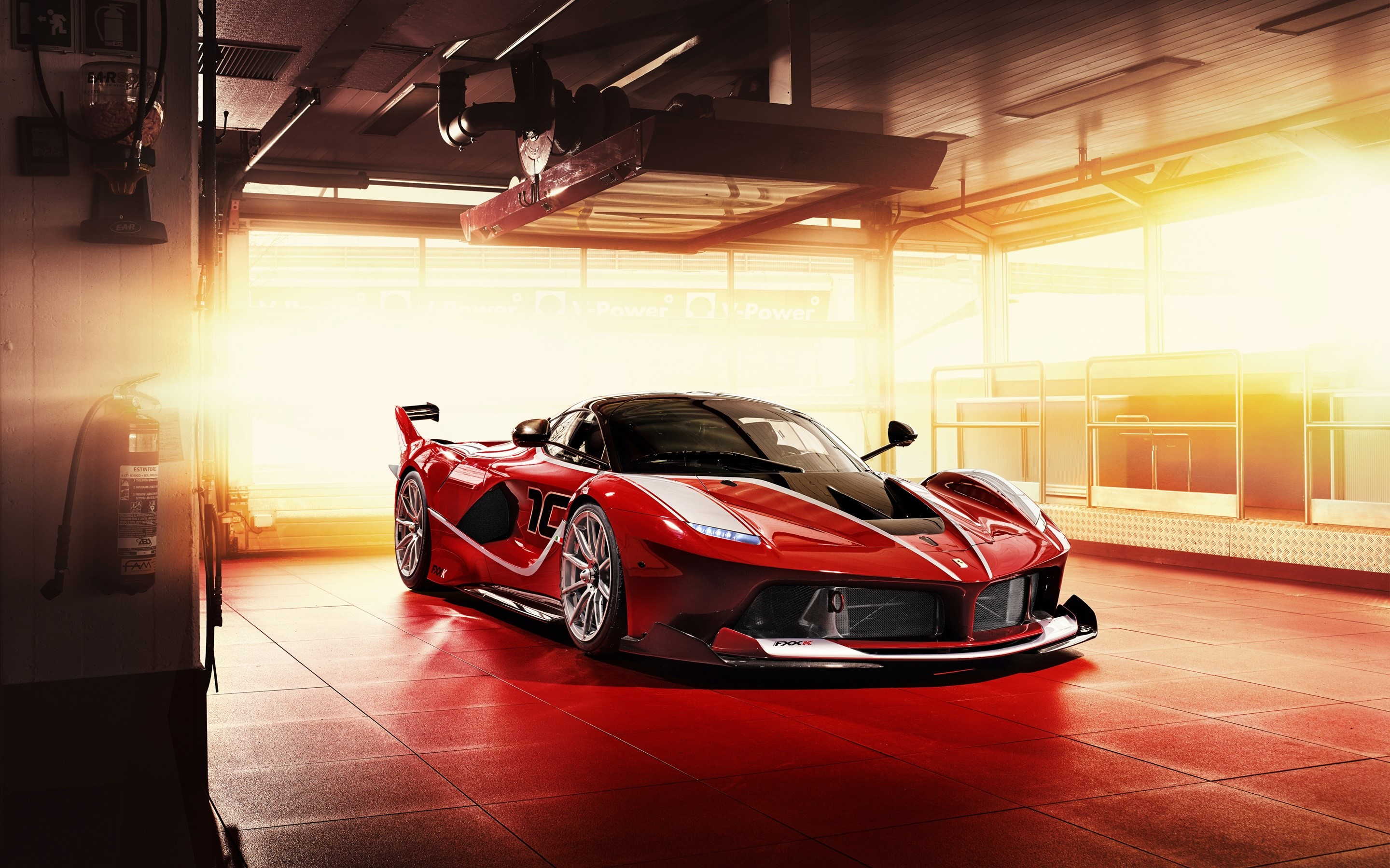 Wallpaper Ferrari FXX K red