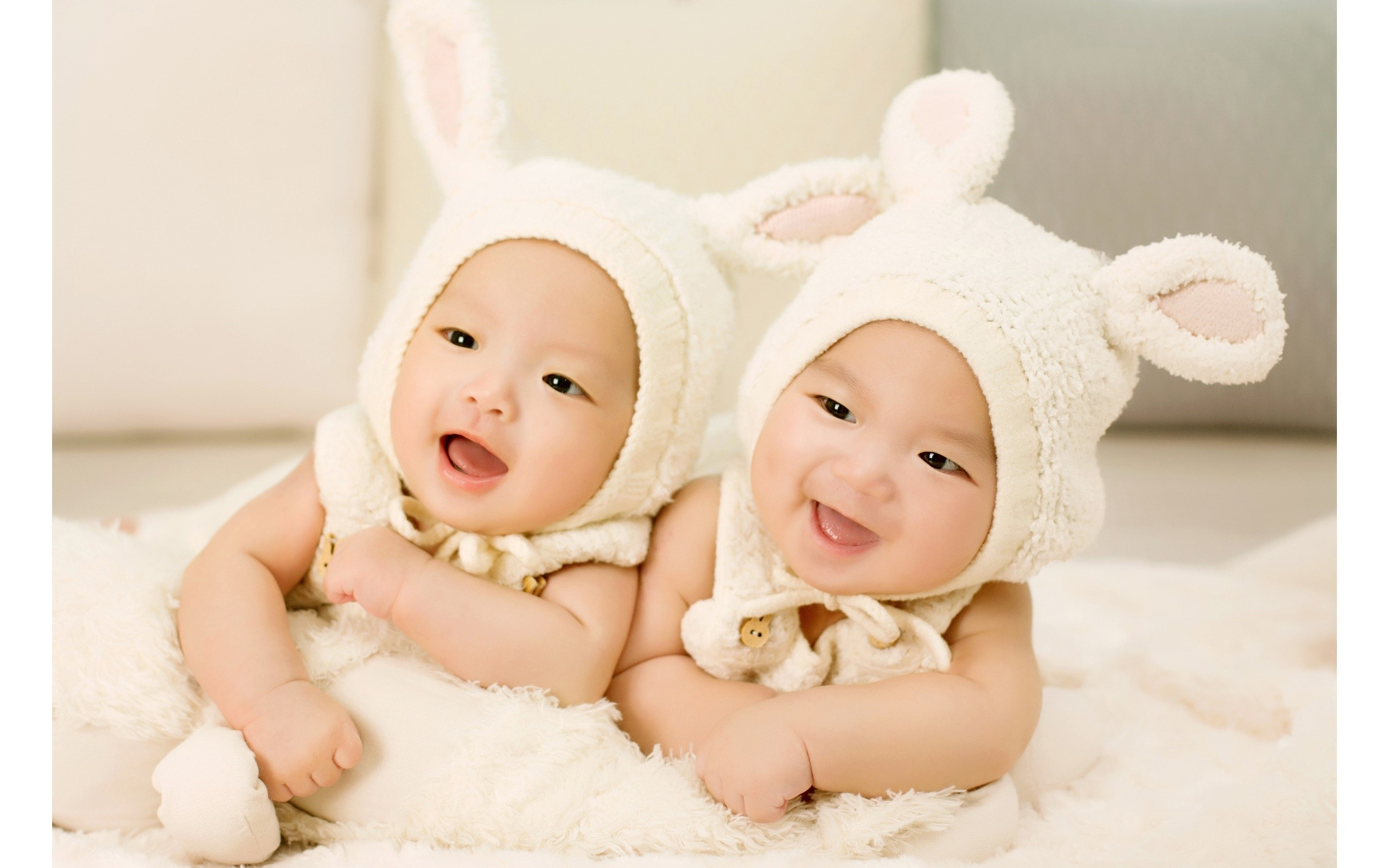 Wallpaper Twins dressed as rabbits