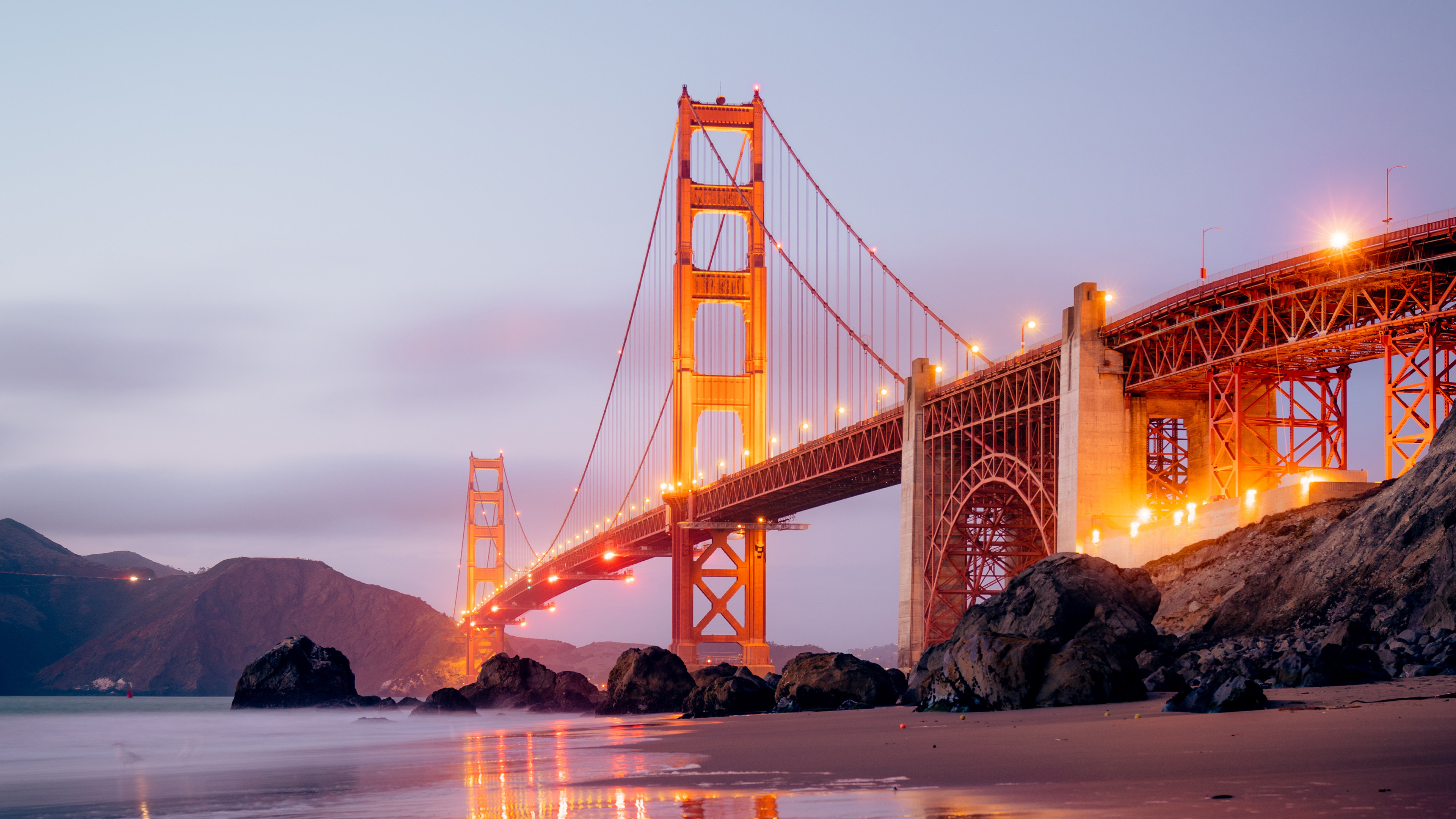 Wallpaper Golden Gate with lights on