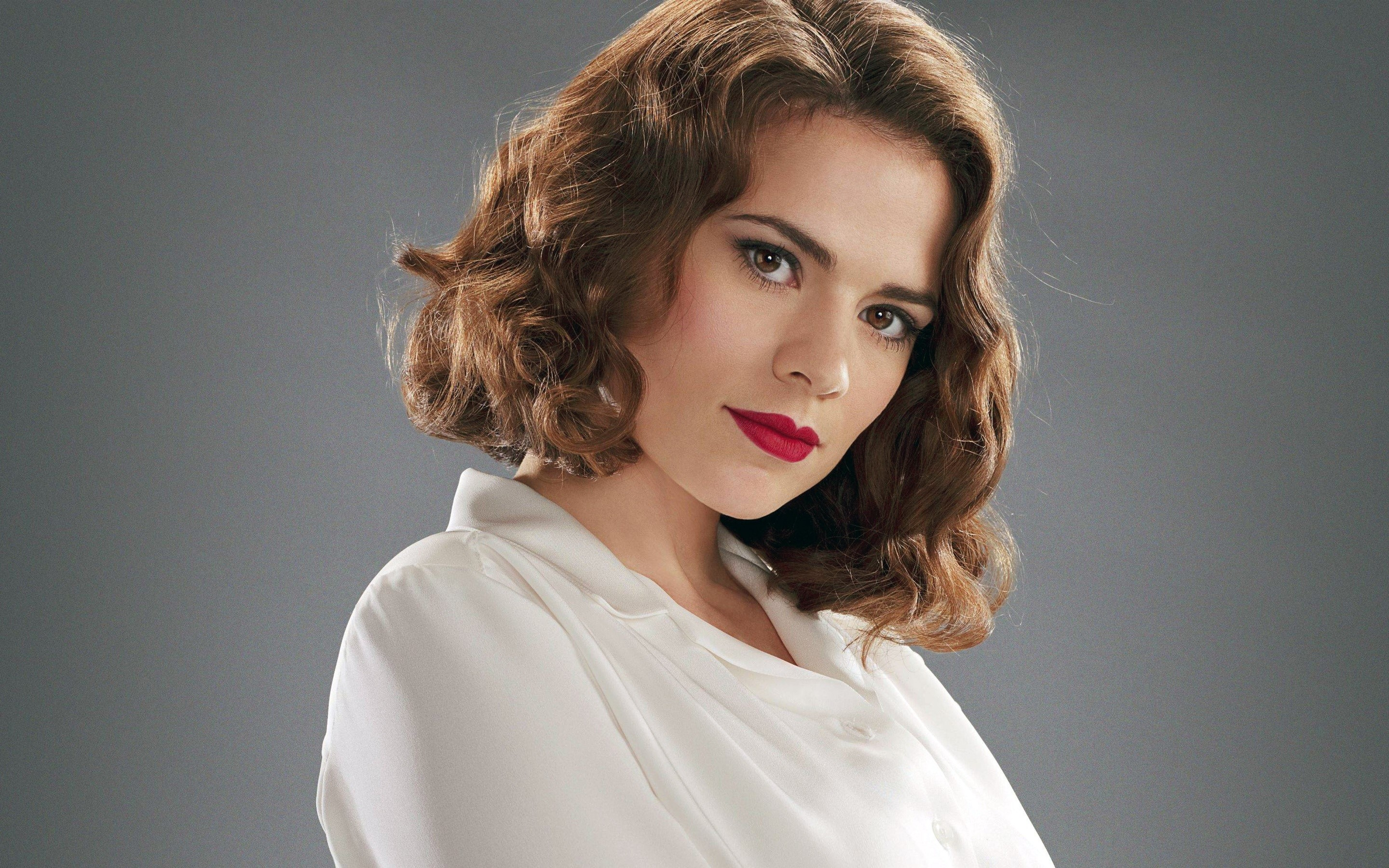 Wallpaper Hayley Atwell as Peggy Carter