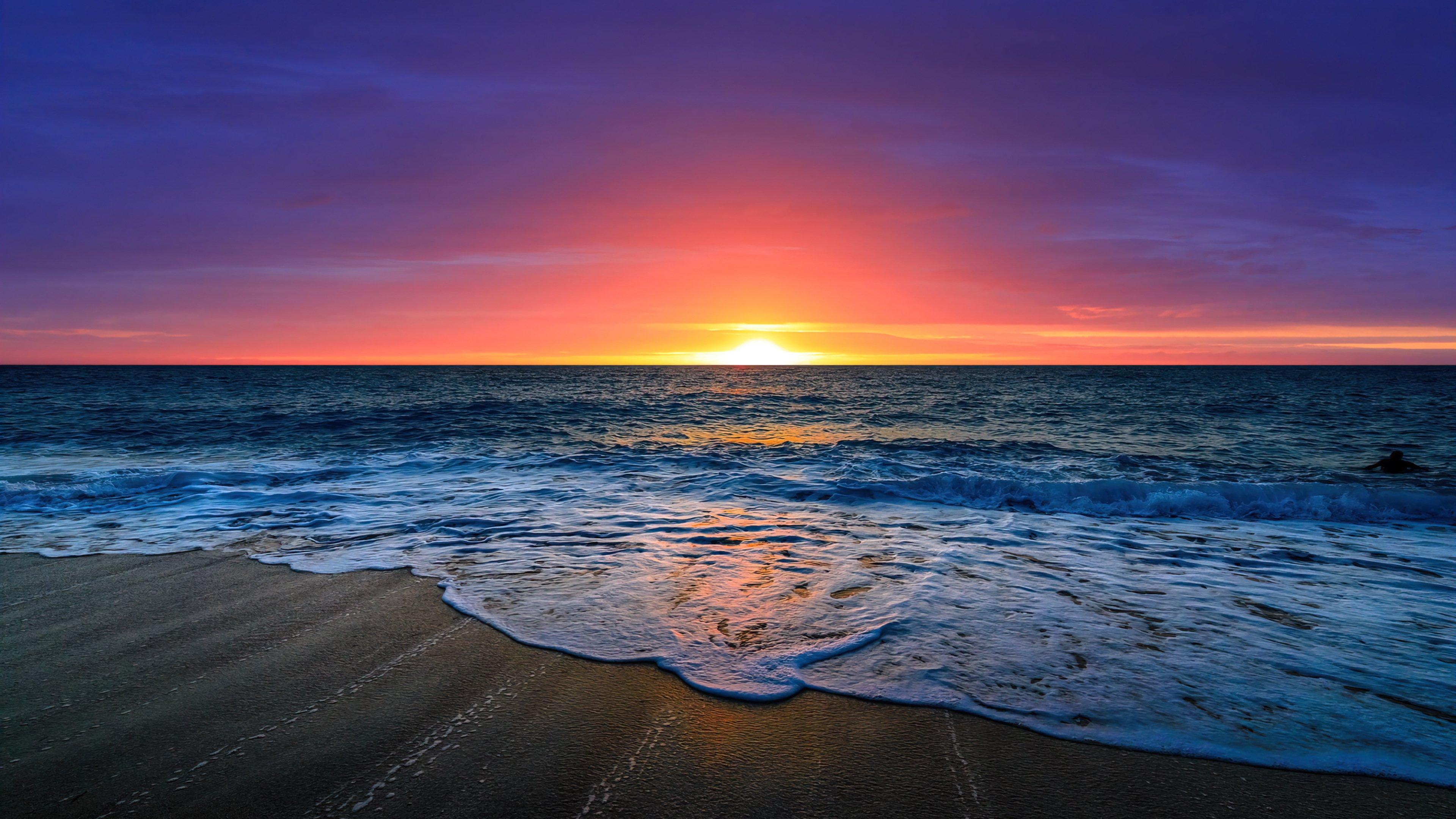 Wallpaper Beautiful sunset at the beach