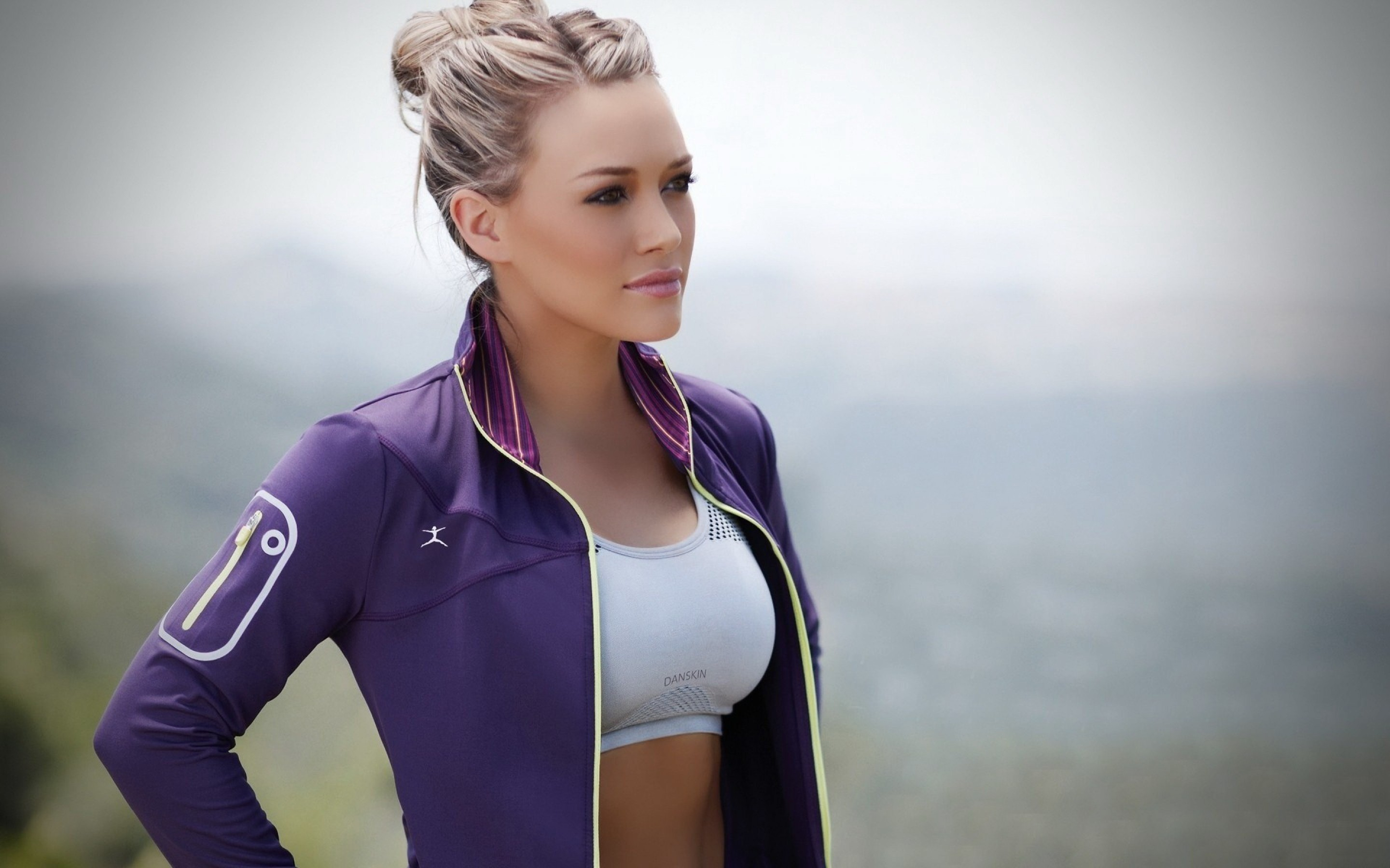 Wallpaper Hilary Duff Sport Fitness