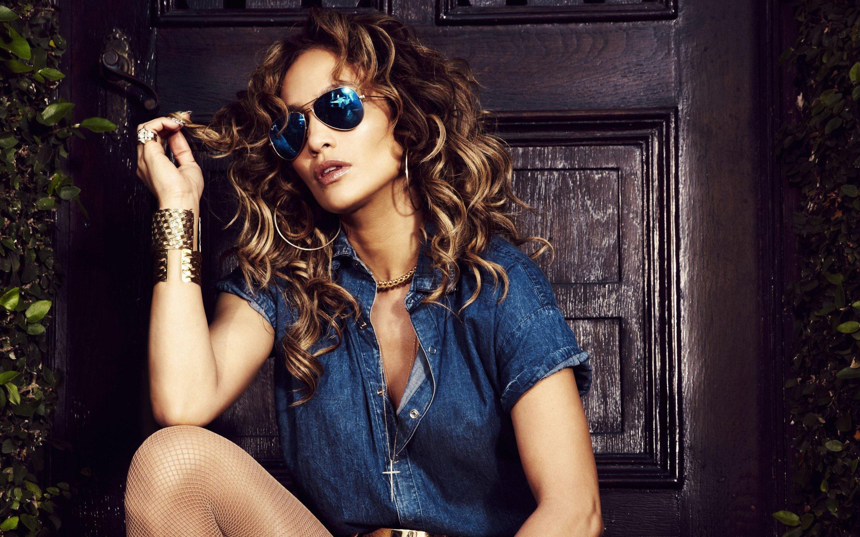 Fondos de pantalla Jennifer Lopez con lentes