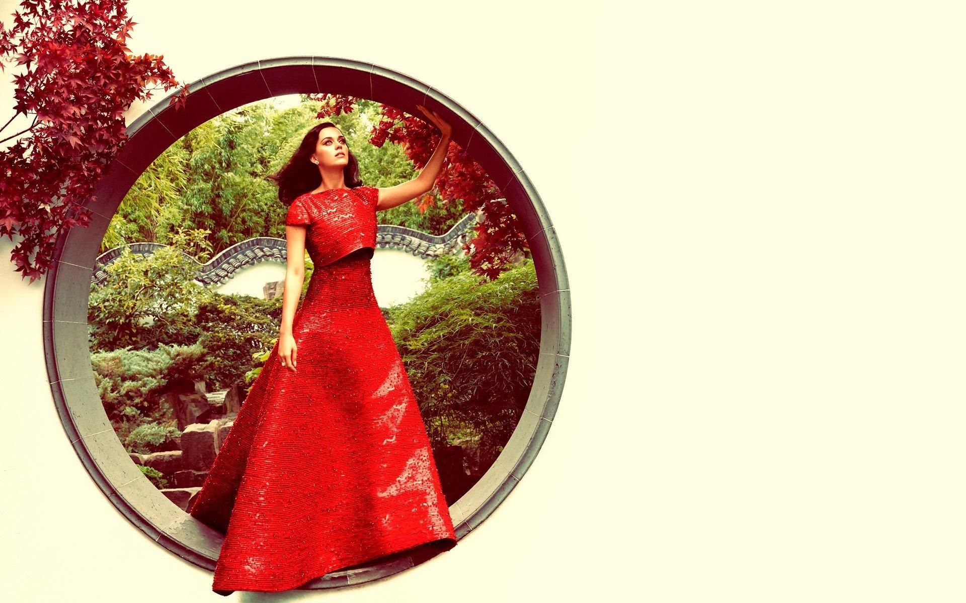 Wallpaper Katy Perry para Harpers Bazaar Images