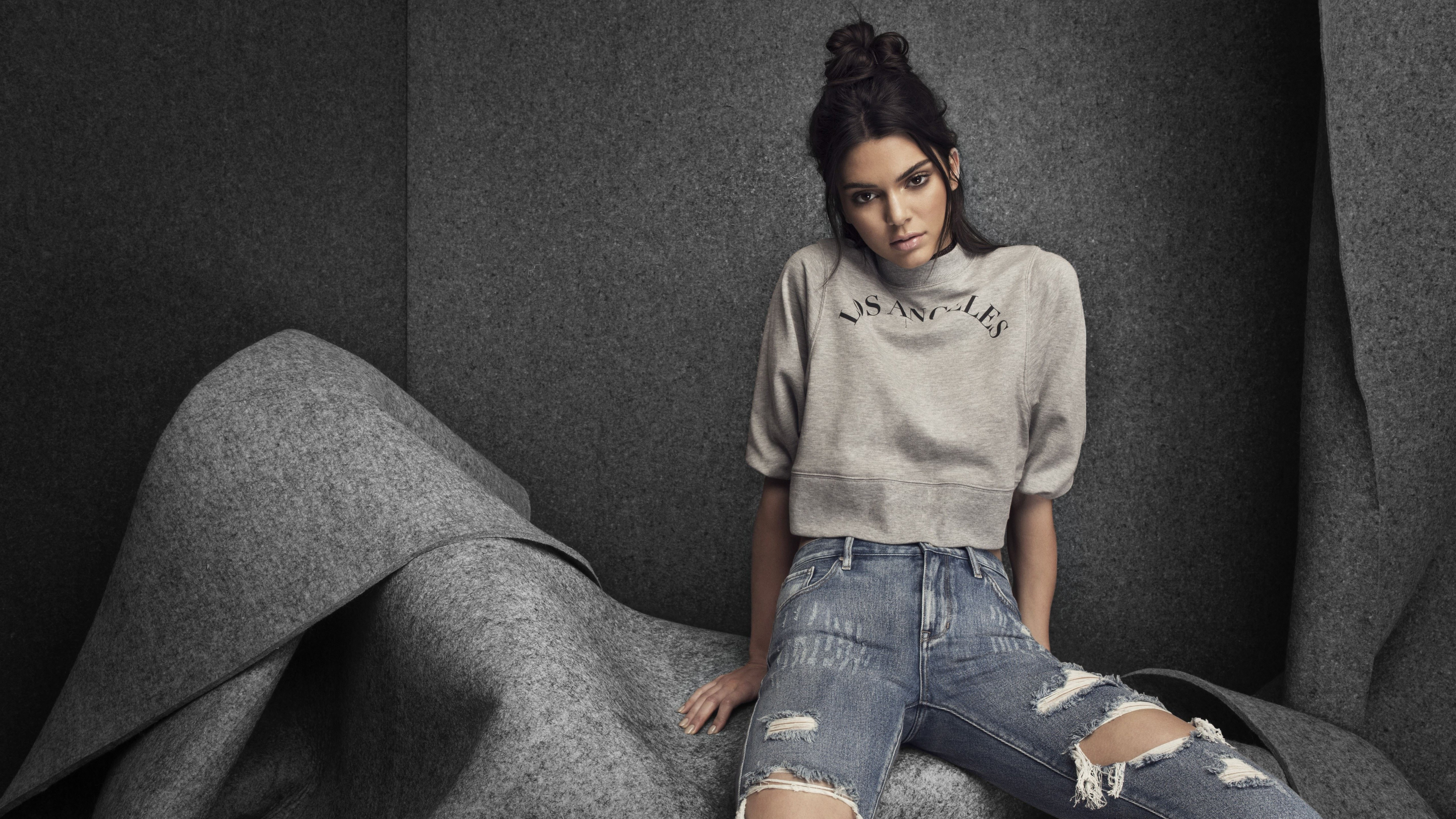 Wallpaper Kendall Jenner casual clothes
