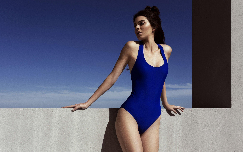 Fondos de pantalla Kendall Jenner en traje de baño