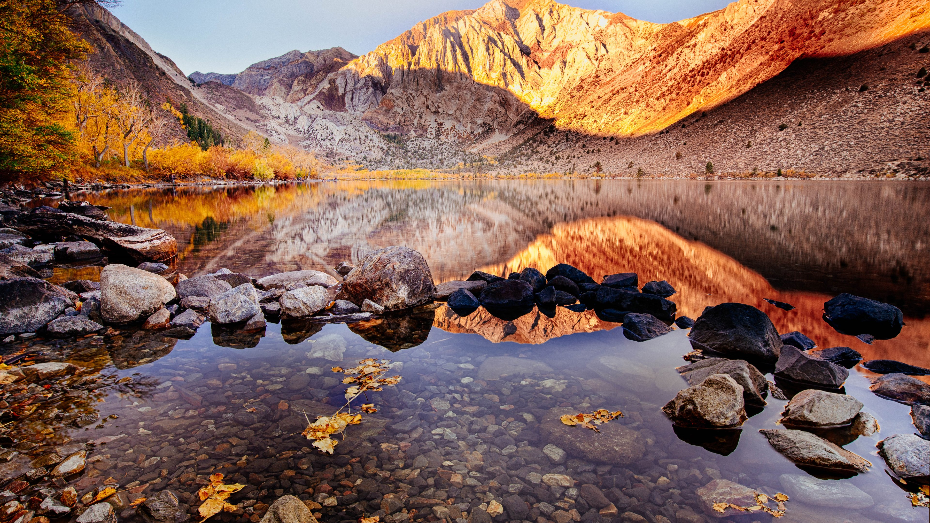 Fondos de pantalla Lago en el otoño